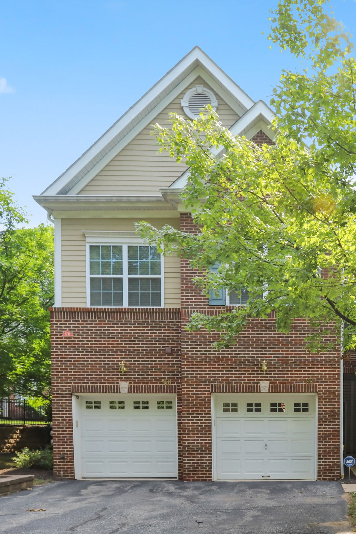 townhouses for Active at In Town Location - Move in Ready 99 Taft Lane Morristown, New Jersey 07960 United States
