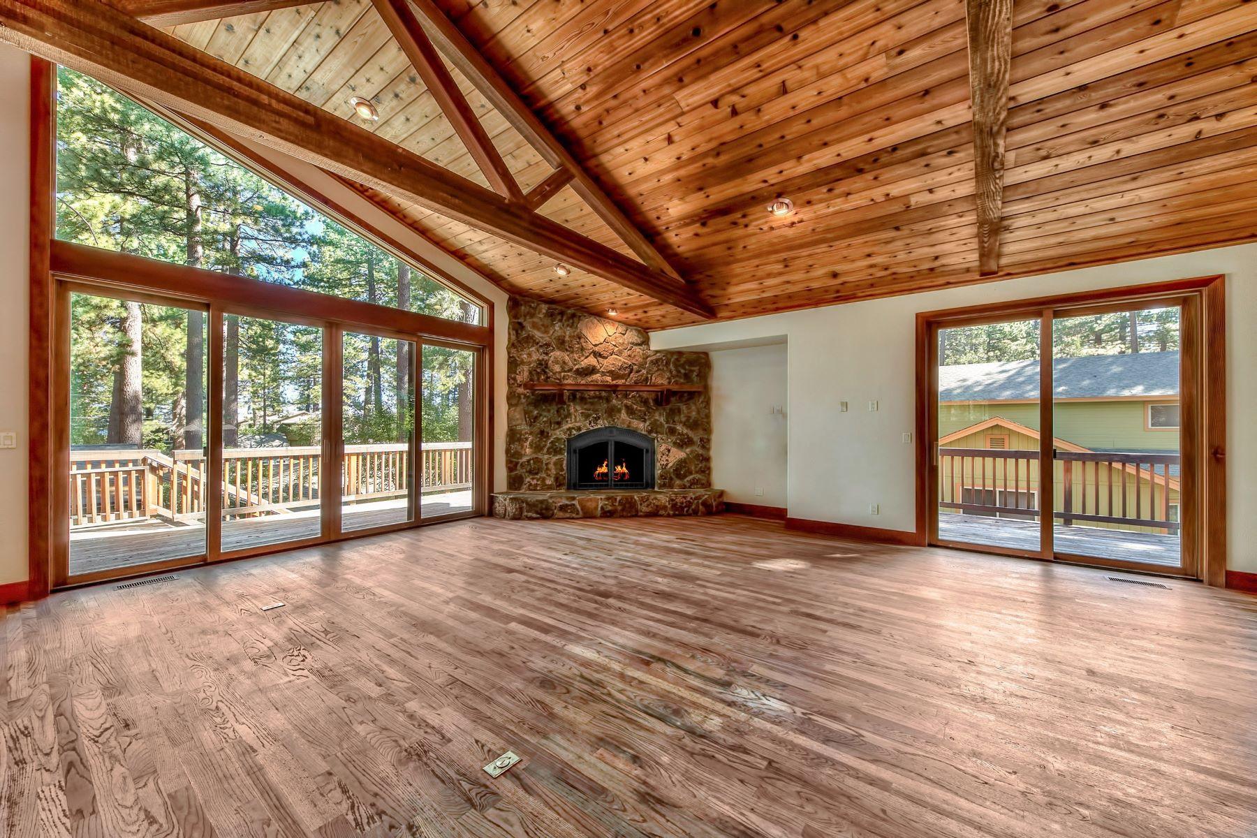 Additional photo for property listing at 945 Merced Ave, South Lake Tahoe, CA 96150 945 Merced Ave 南太浩湖, 加利福尼亚州 96150 美国
