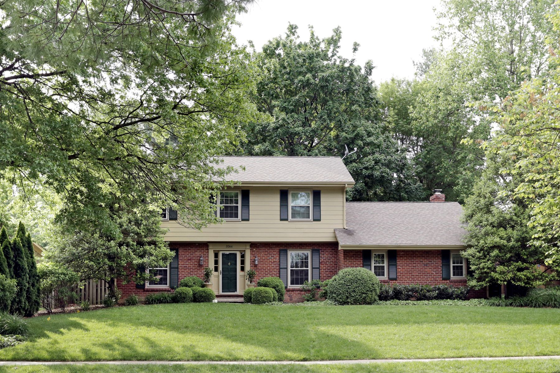 Single Family Home for Sale at 329 S. Mill Street 3266 Pepperhill Road Lexington, Kentucky 40502 United States