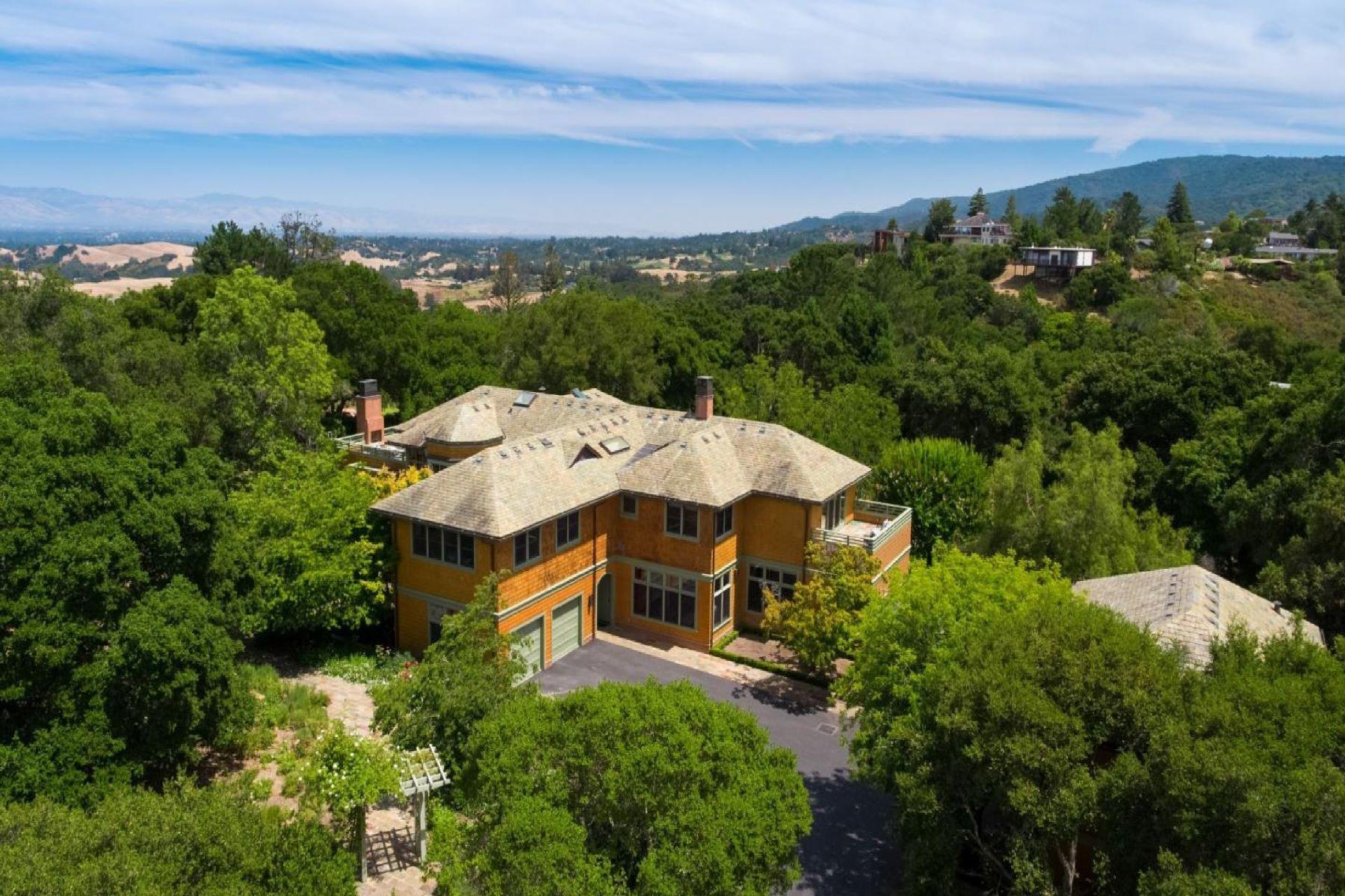 Single Family Homes para Venda às Artfully Designed Haven in Portola Valley 447 Westridge Drive, Portola Valley, Califórnia 94028 Estados Unidos