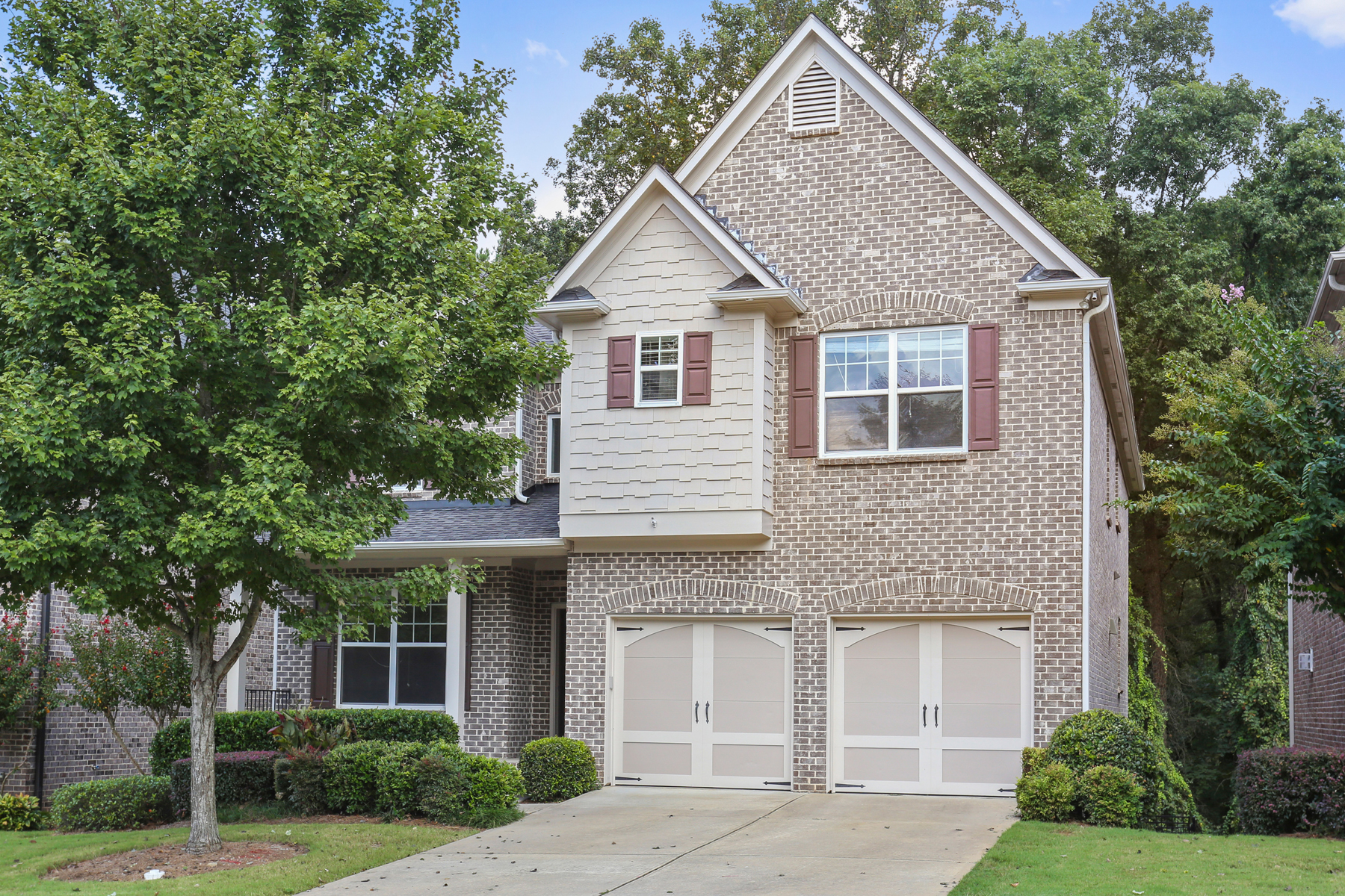 Single Family Home for Sale at Brookhaven Craftsman with Spacious Sun-filled Interior and Superb Finishes 1660 Danbury Parc Pl Atlanta, Georgia 30319 United States
