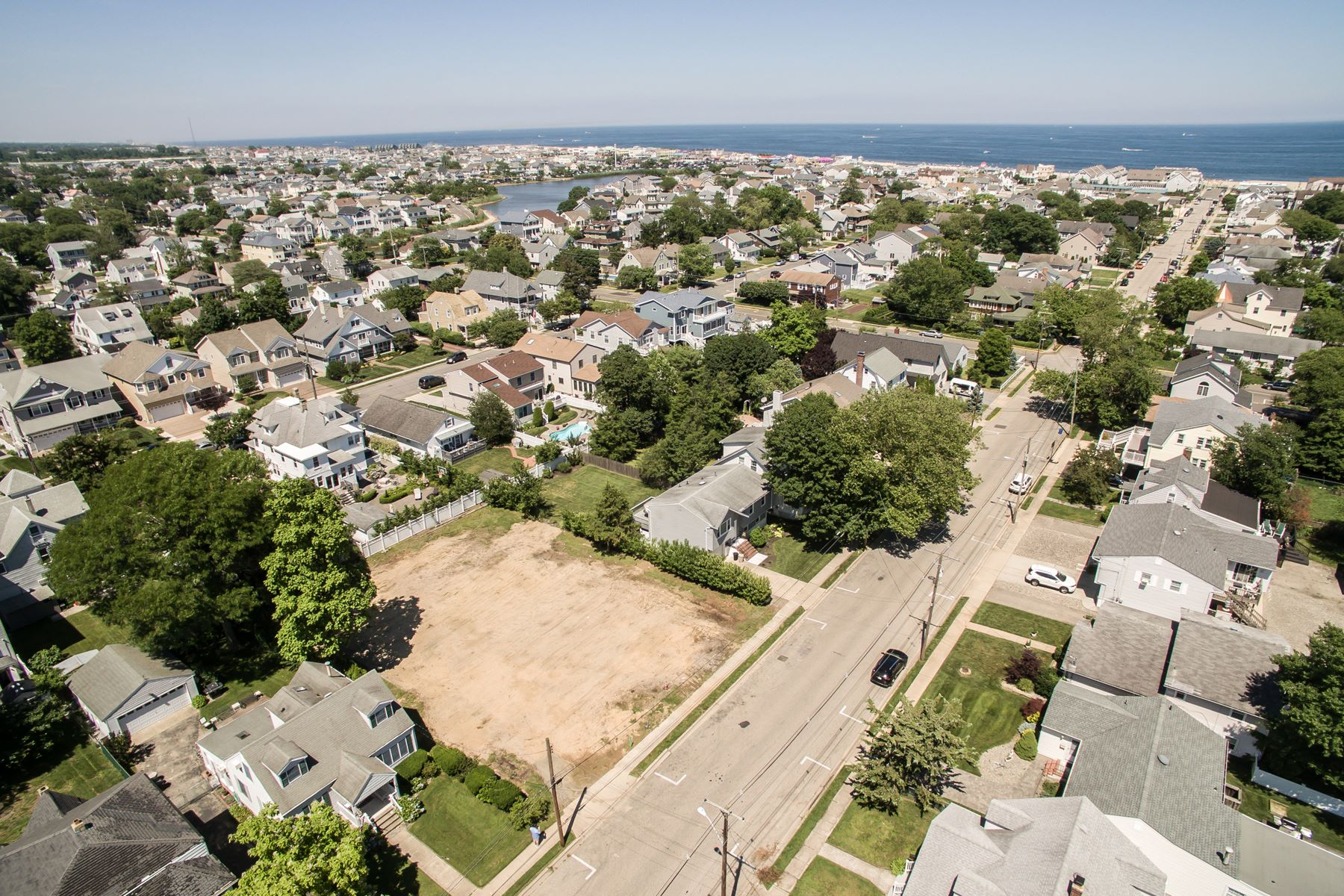 أراضي للـ Sale في Vacant Lot Located Just 3 Block To The Beach! 313 New Jersey Avenue Point Pleasant Beach, New Jersey 08742 United States