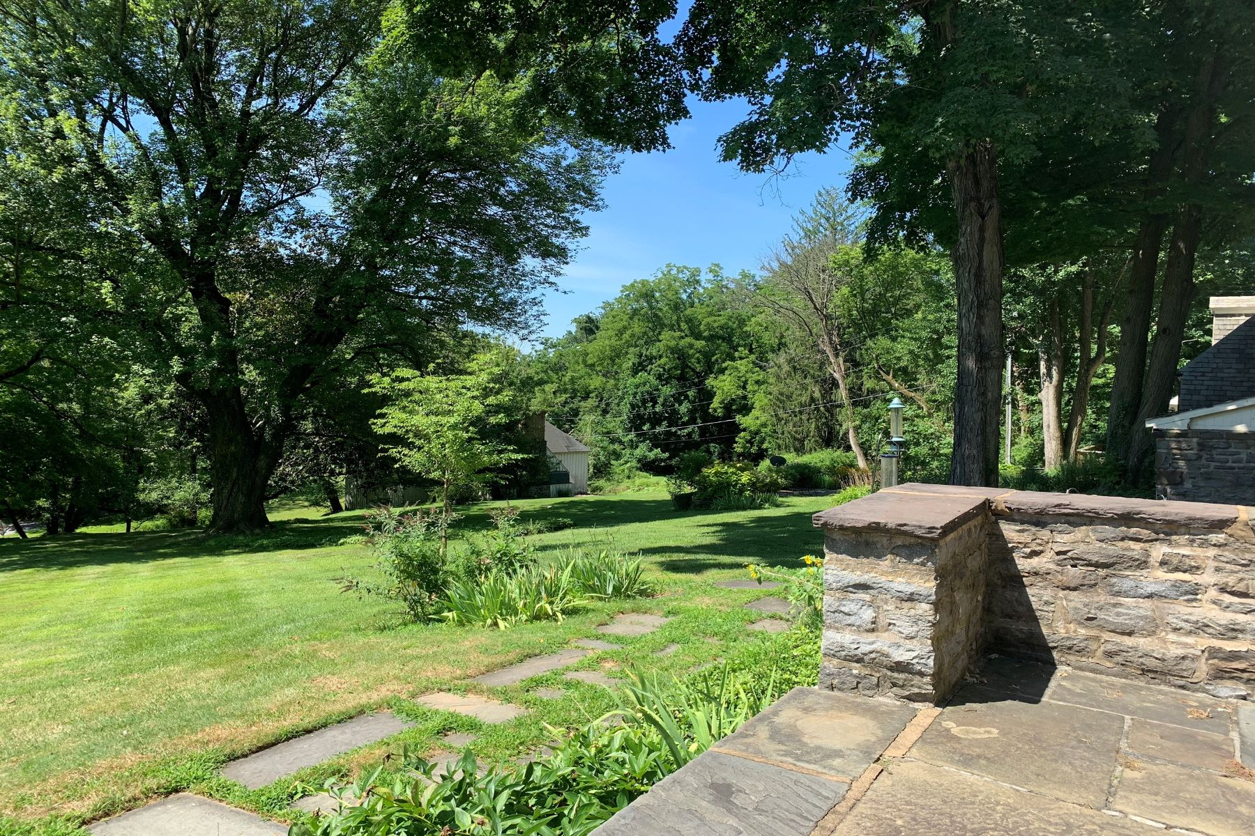 Additional photo for property listing at Woodbrook 7300 Brightside Road Baltimore, Maryland 21212 United States