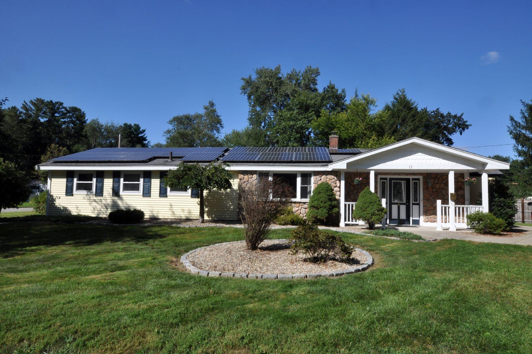 Single Family Homes por un Venta en 15 Charles St Maynard, Massachusetts 01754 Estados Unidos