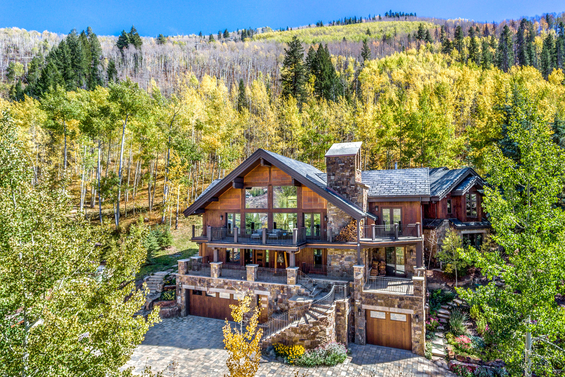 Single Family Home for Active at Expansive ski-in mountain retreat 1250 Westhaven Circle Vail, Colorado 81657 United States