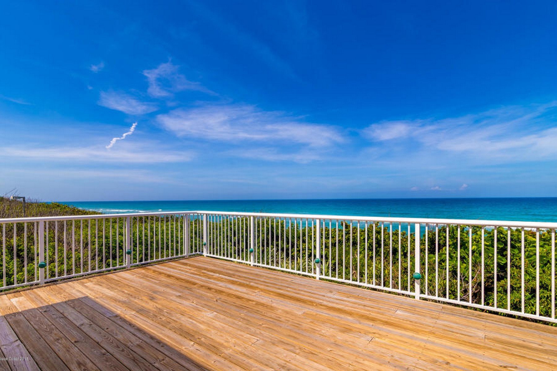 Additional photo for property listing at Bright & open villa in desirable Osprey Villas of Aquarina. 213 Osprey Villas Court Melbourne Beach, Florida 32951 United States