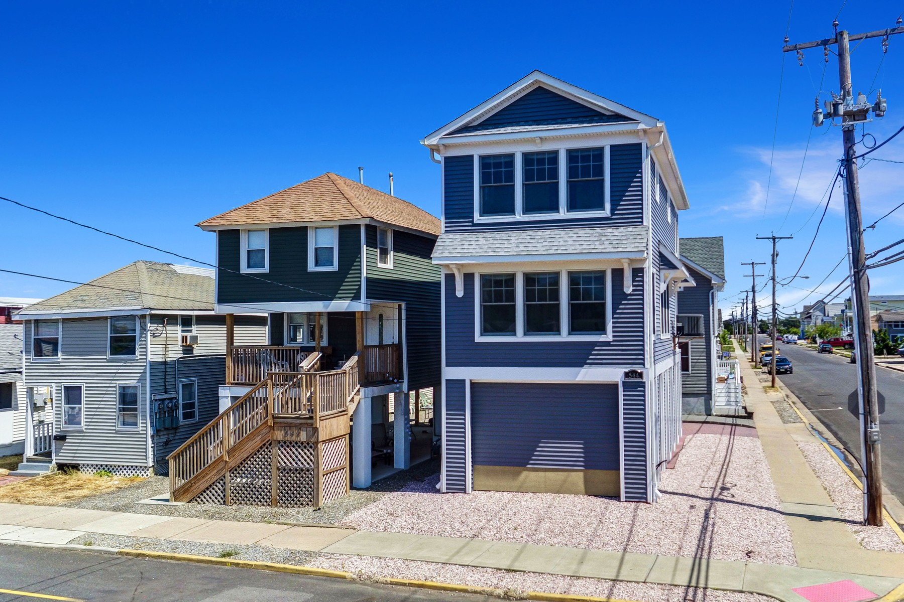 Single Family Home for Sale at Soho Of The Jersey Shore 544 Brielle Rd Manasquan, New Jersey, 08736 United States