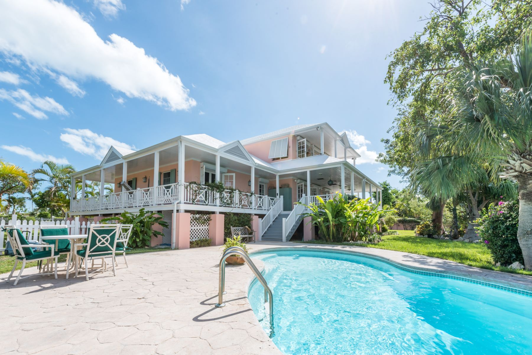 Single Family Home for Sale at 24 Island Drive, Port New Providence Port New Providence, Yamacraw, Nassau And Paradise Island Bahamas