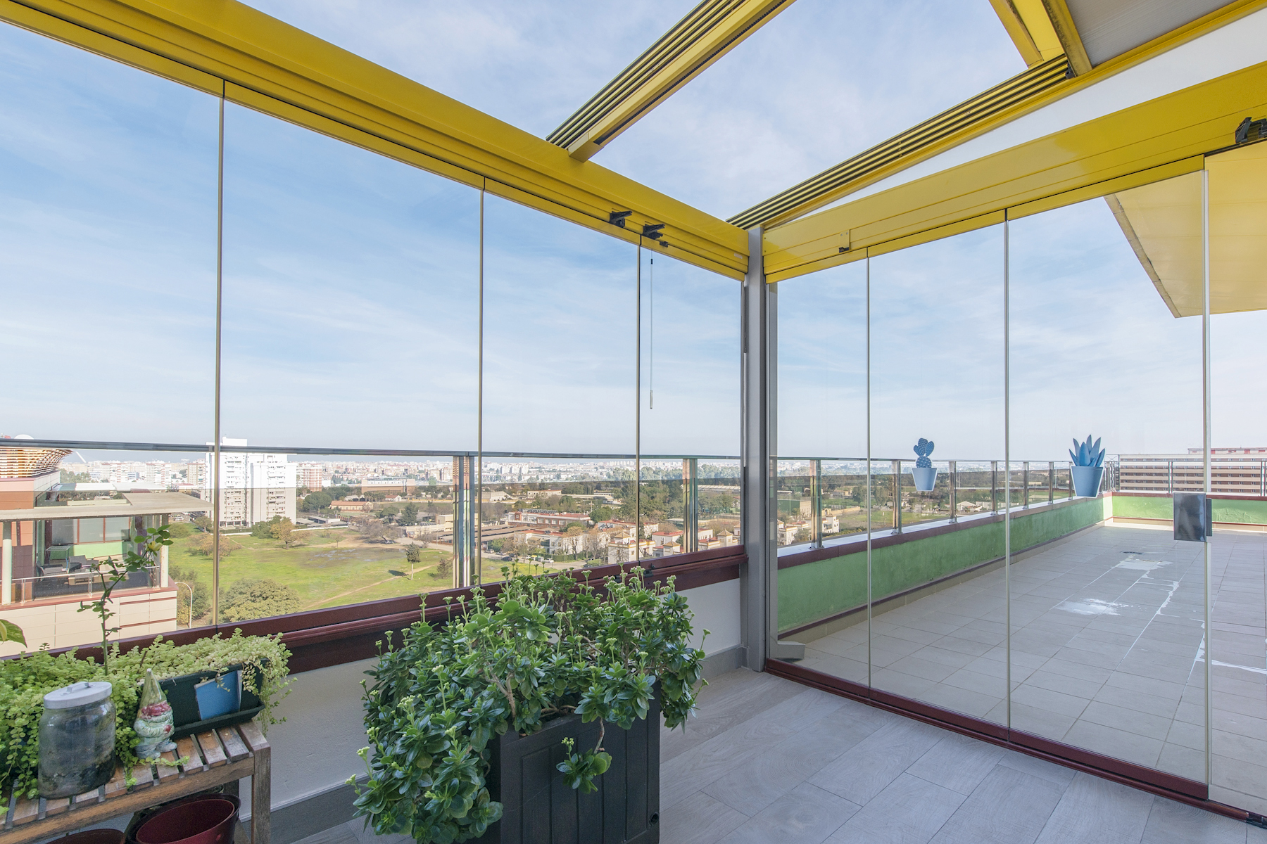 Moradia para Venda às Exclusive penthouse with panoramic views of Seville. Jacuzzi, pool and paddle Other Andalucia, Andaluzia, Espanha