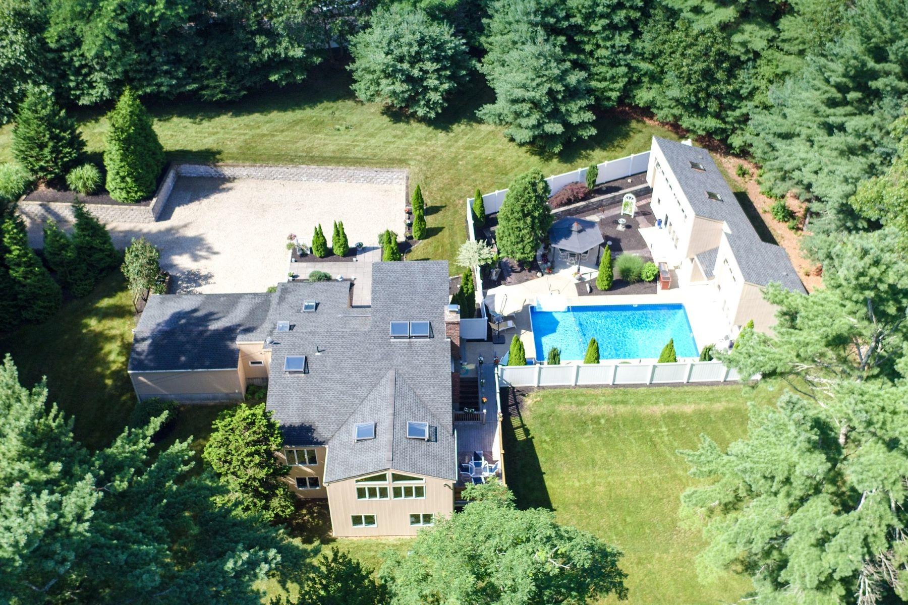 Single Family Homes για την Πώληση στο Private Mid-Century Modern 52 School Street, Duxbury, Μασαχουσετη 02332 Ηνωμένες Πολιτείες