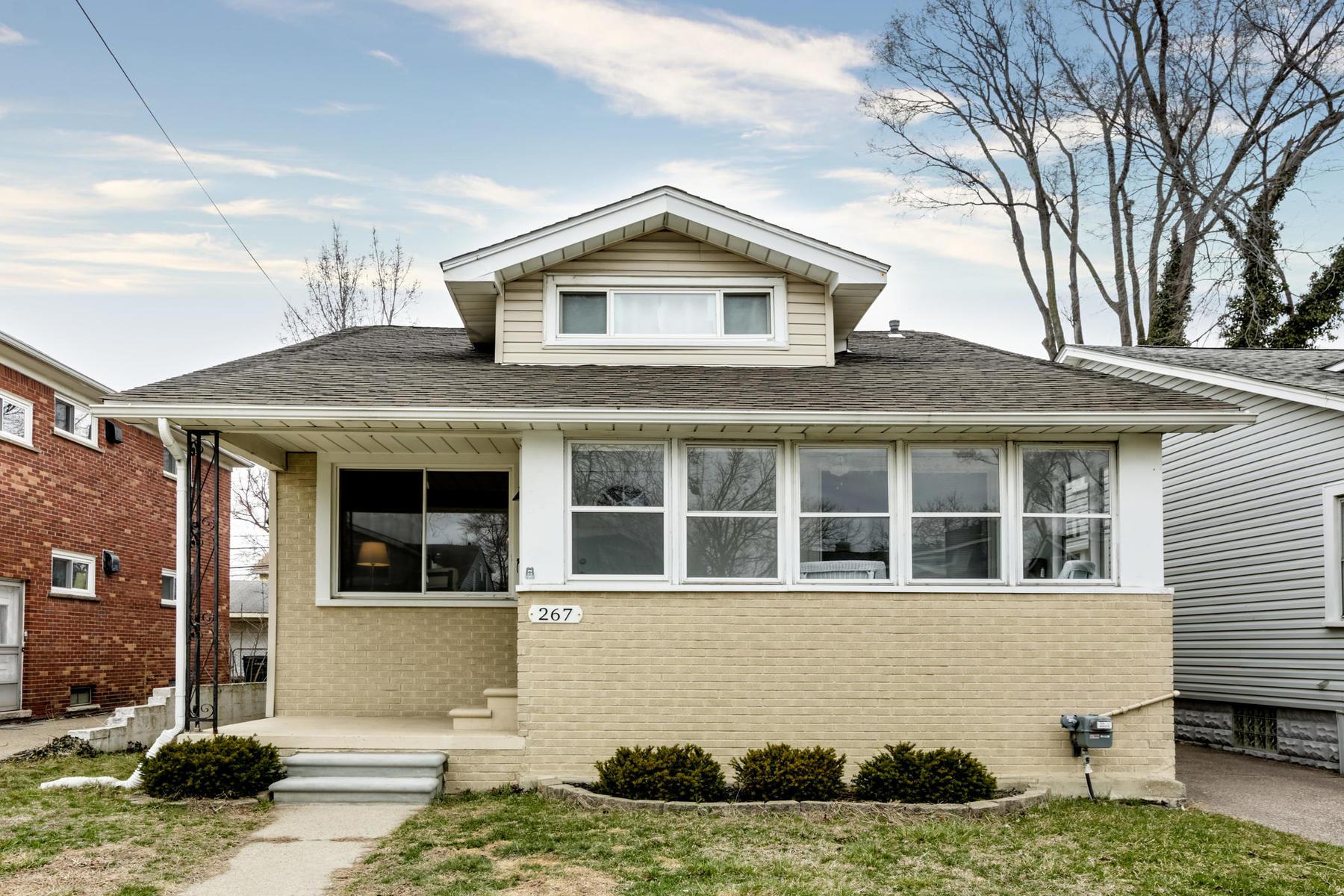 Single Family Homes para Venda às Ferndale 267 Ardmore Drive, Ferndale, Michigan 48220 Estados Unidos