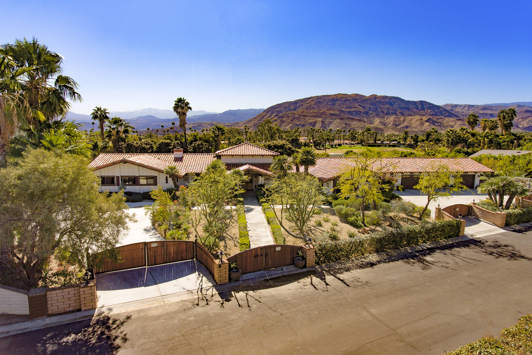 Single Family Homes for Sale at 72633 Jamie Way Rancho Mirage, California 92270 United States