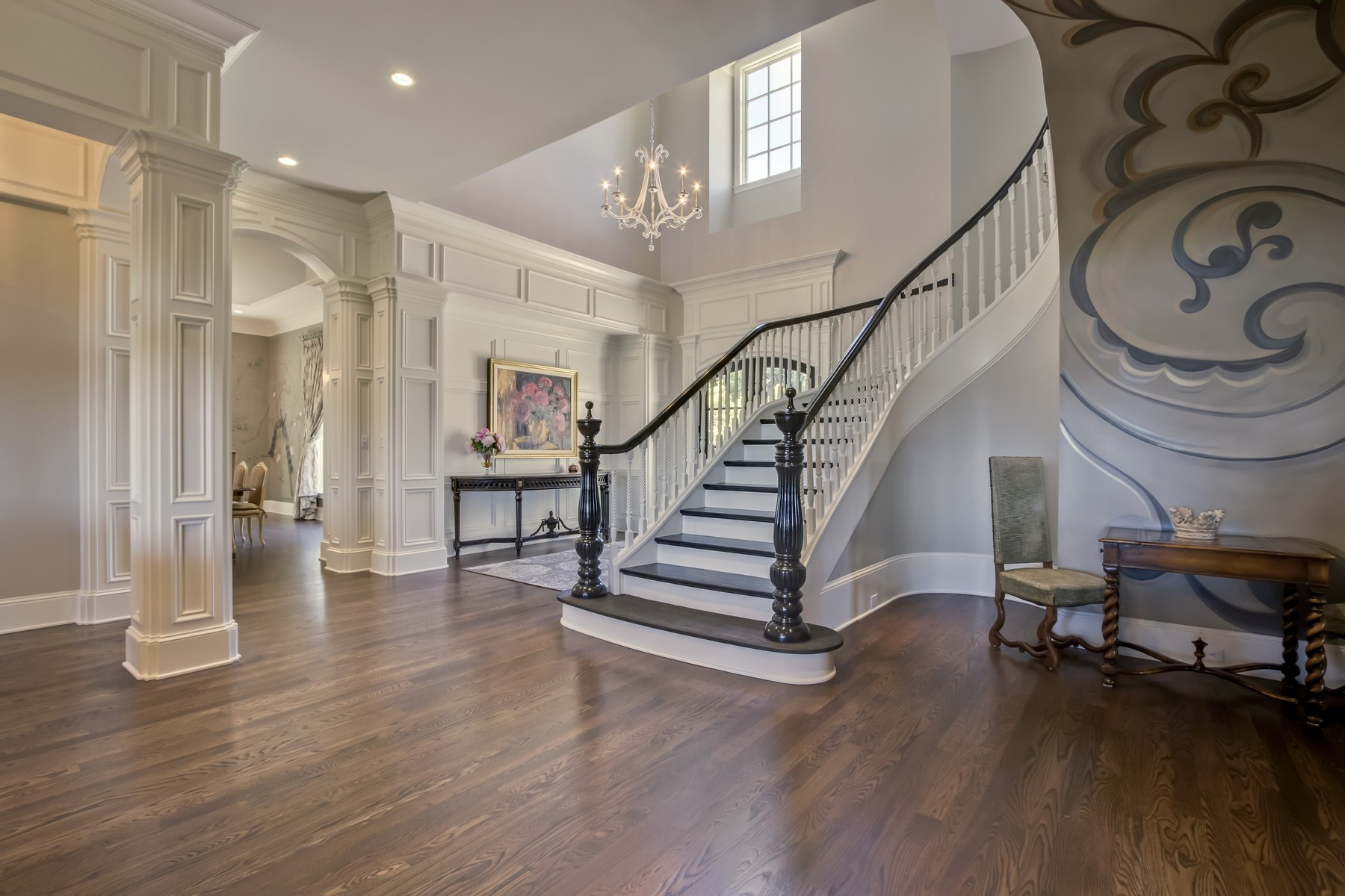 Additional photo for property listing at Stunningly Elegant Estate 1928 Rudder Lane Knoxville, Tennessee 37917 United States