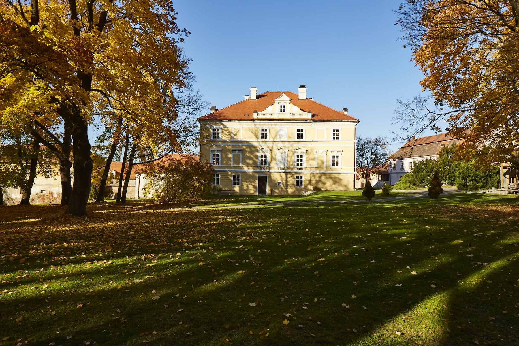 Single Family Homes 为 销售 在 The castle complex in Central Bohemia 波西米亚其他地方, 中波西米亚 捷克共和国