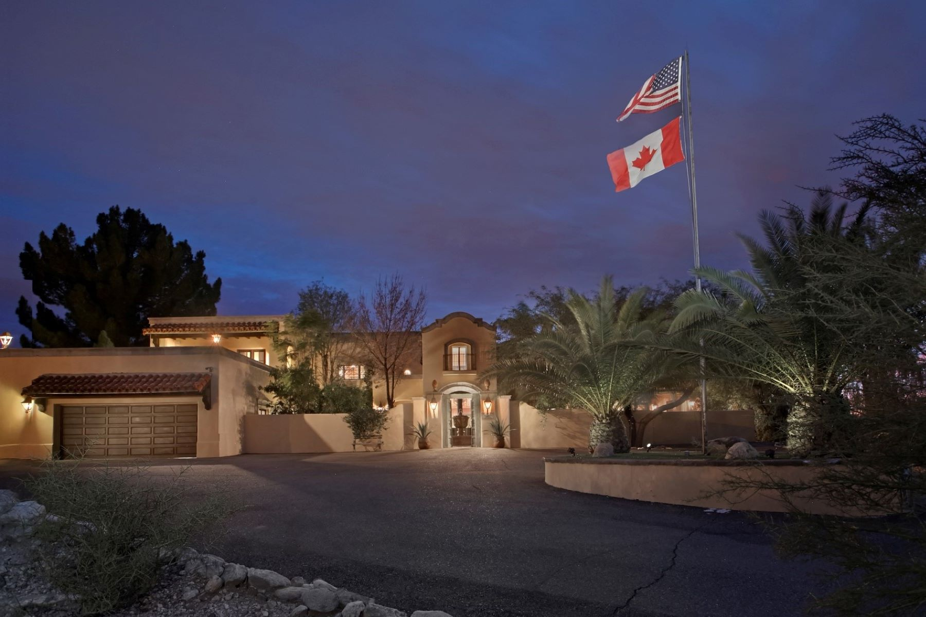 Single Family Homes for Sale at Catalina Foothills Estates 5530 N Camino Escuela Tucson, Arizona 85718 United States