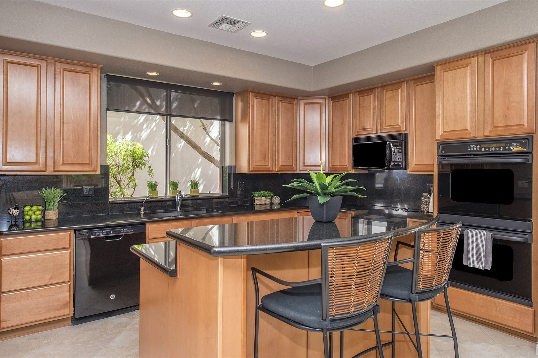 Townhouse for Sale at Beautiful modern townhouse nestled in the heart of Old Town Scottsdale 4322 N 78th St 3 Scottsdale, Arizona, 85251 United States