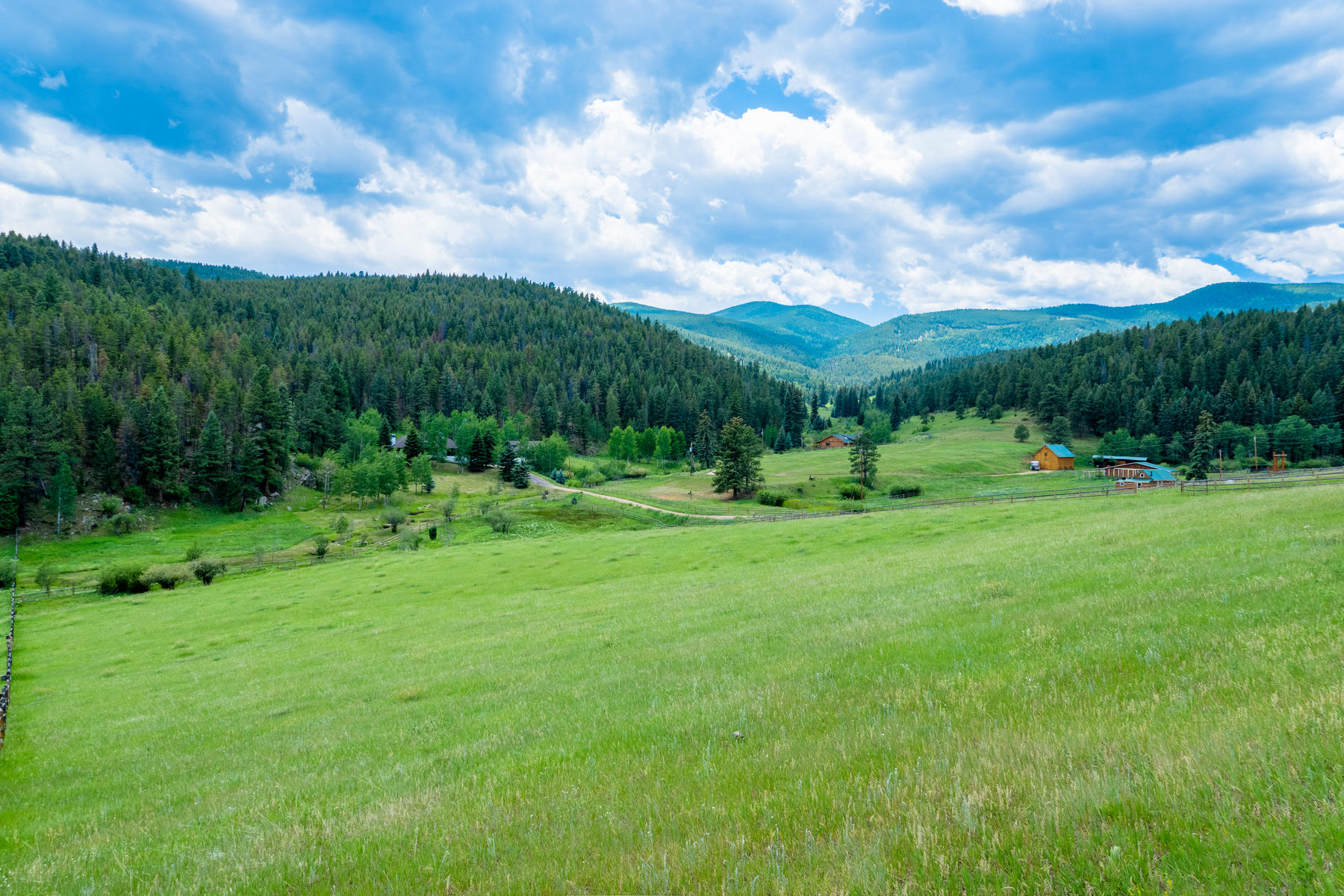 Single Family Home for Sale at 1158 Yankee Creek Road Evergreen, Colorado, 80439 United States