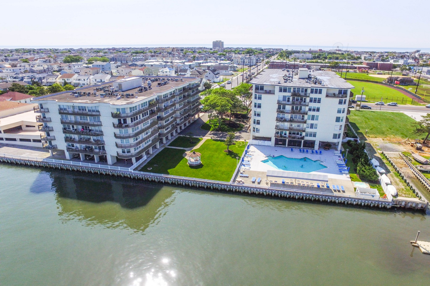 Condominiums for Active at Luxurious Penthouse with Bay Views 500 Bay Ave, 602N Ocean City, New Jersey 08226 United States