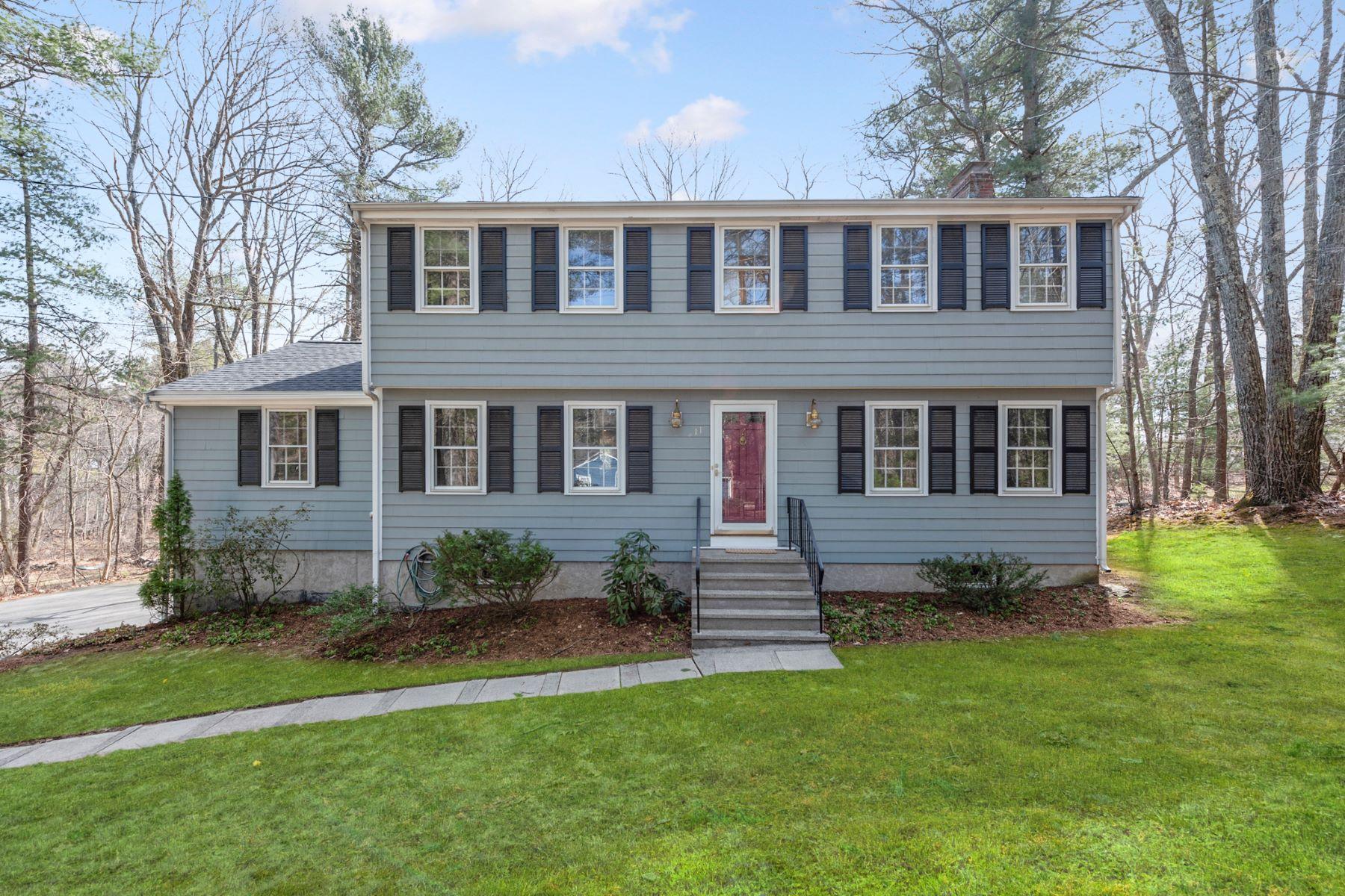 Single Family Homes por un Venta en 11 Arborwood Road Acton, Massachusetts 01720 Estados Unidos