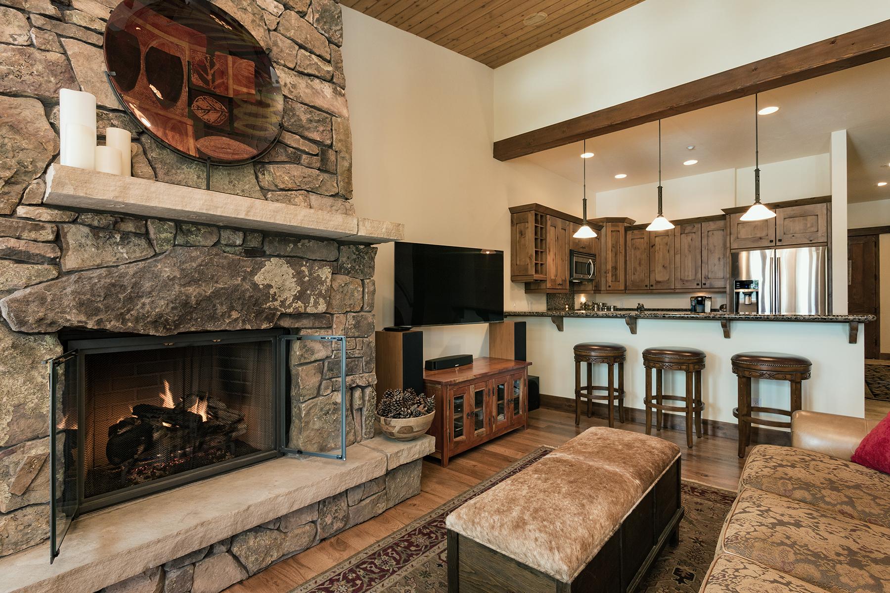Additional photo for property listing at 590 Glacier Club Drive #3 590 Glacier Club Drive #3 Durango, Colorado 81301 United States