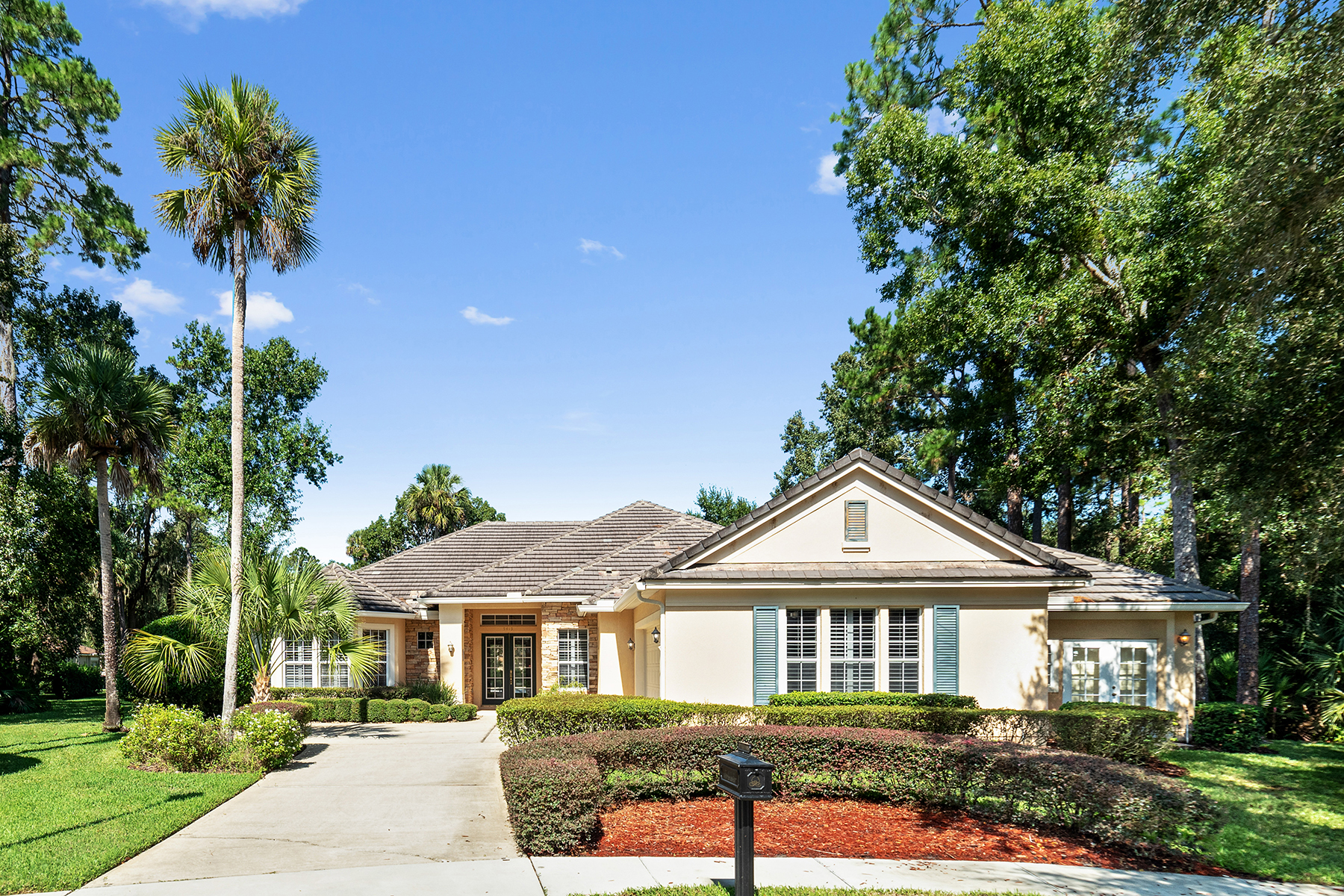 Single Family Homes for Sale at ORLANDO - SANFORD - LAKE FOREST 5415 Fawn Lake Ct Sanford, Florida 32771 United States