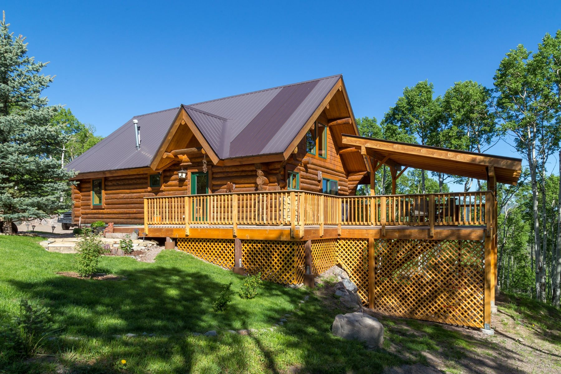 Single Family Homes for Sale at Log Home above Stagecoach Reservoir 24055 Arapahoe Rd Oak Creek, Colorado 80467 United States