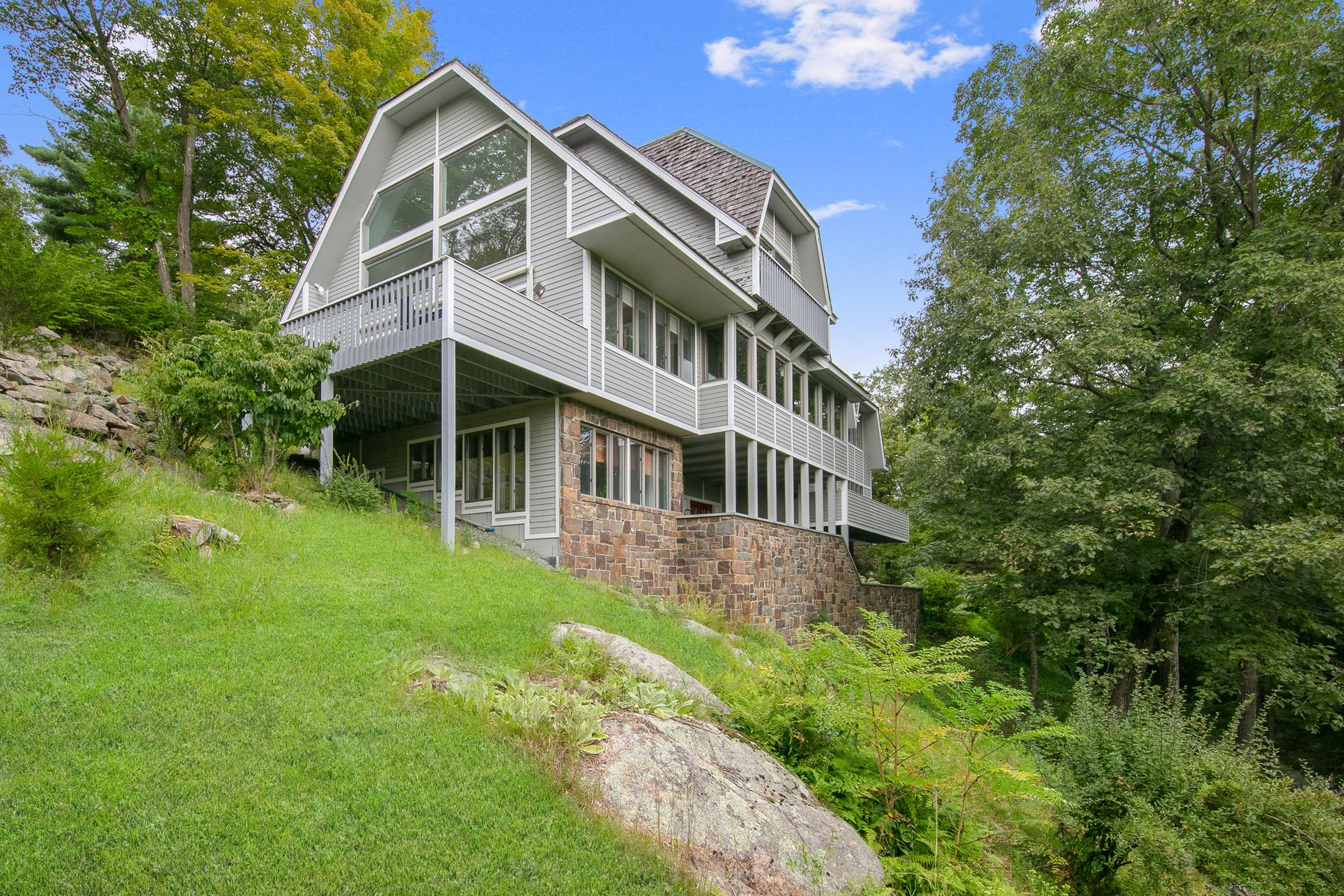 Single Family Homes for Sale at Mountaintop Masterpiece 44 Ontio Road Tuxedo Park, New York 10987 United States