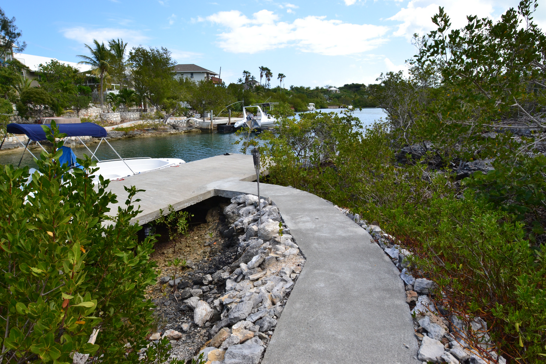 Additional photo for property listing at 2 EGRET CLOSE Canalfront Thompson Cove, Providenciales TKCA 1ZZ Islas Turcas Y Caicos
