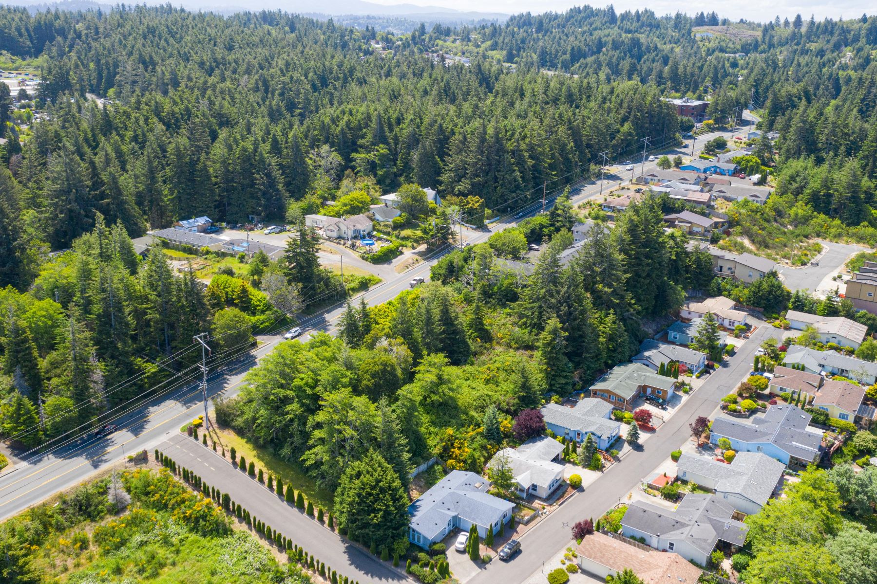 Land for Active at Woodland Multi Unit Lot 0 Woodland Drive Coos Bay, Oregon 97420 United States