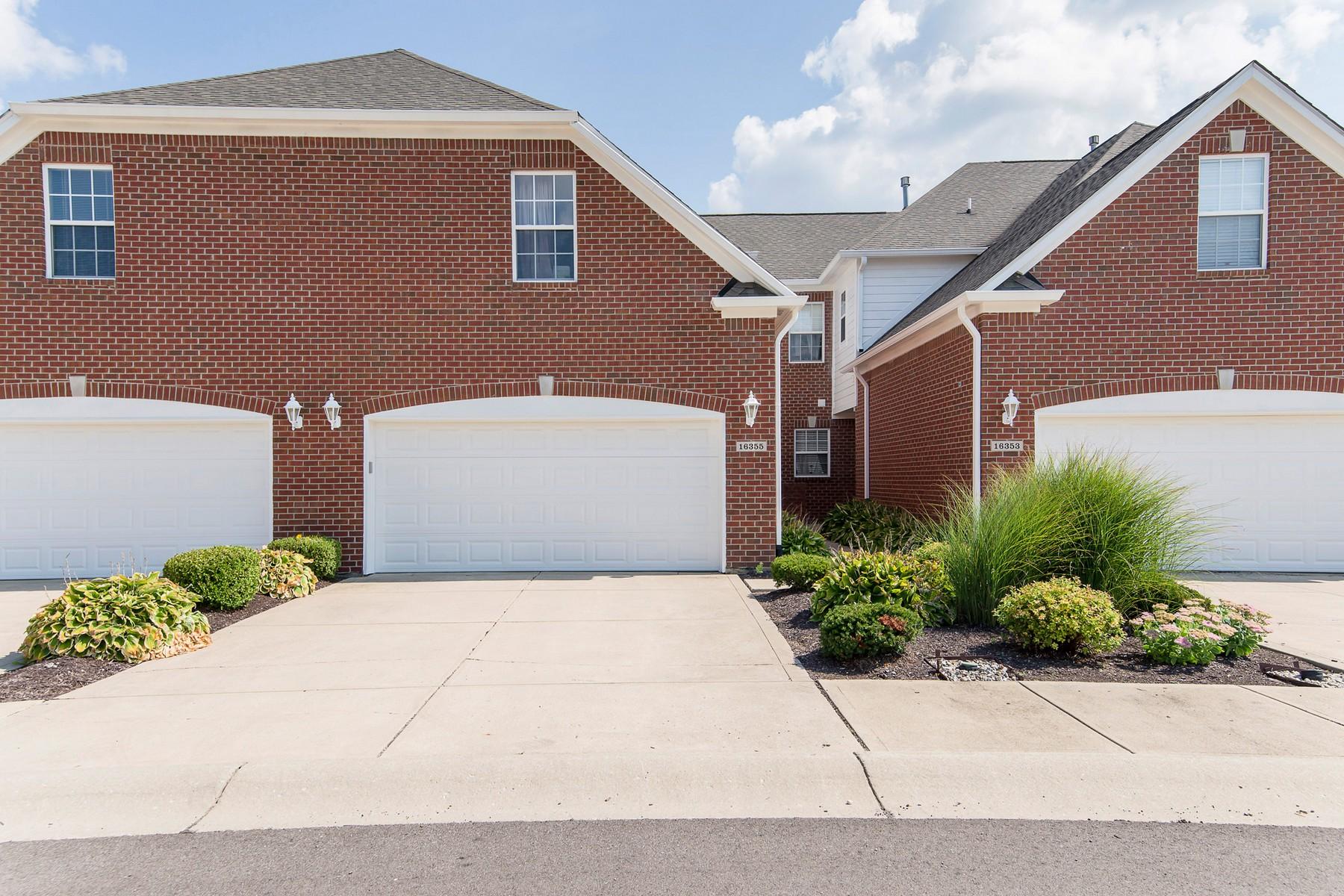 Condominiums por un Venta en Maintenance Free Condo 16355 Meadowlands Lane, Westfield, Indiana 46074 Estados Unidos