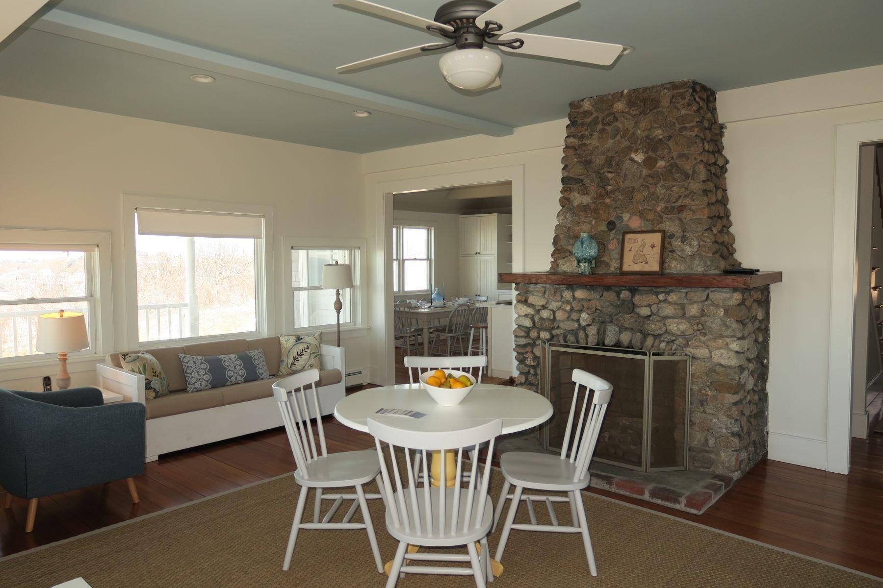 Additional photo for property listing at Mohegan Bluff Drama 800 Mohegan Trail Block Island, Rhode Island 02807 United States