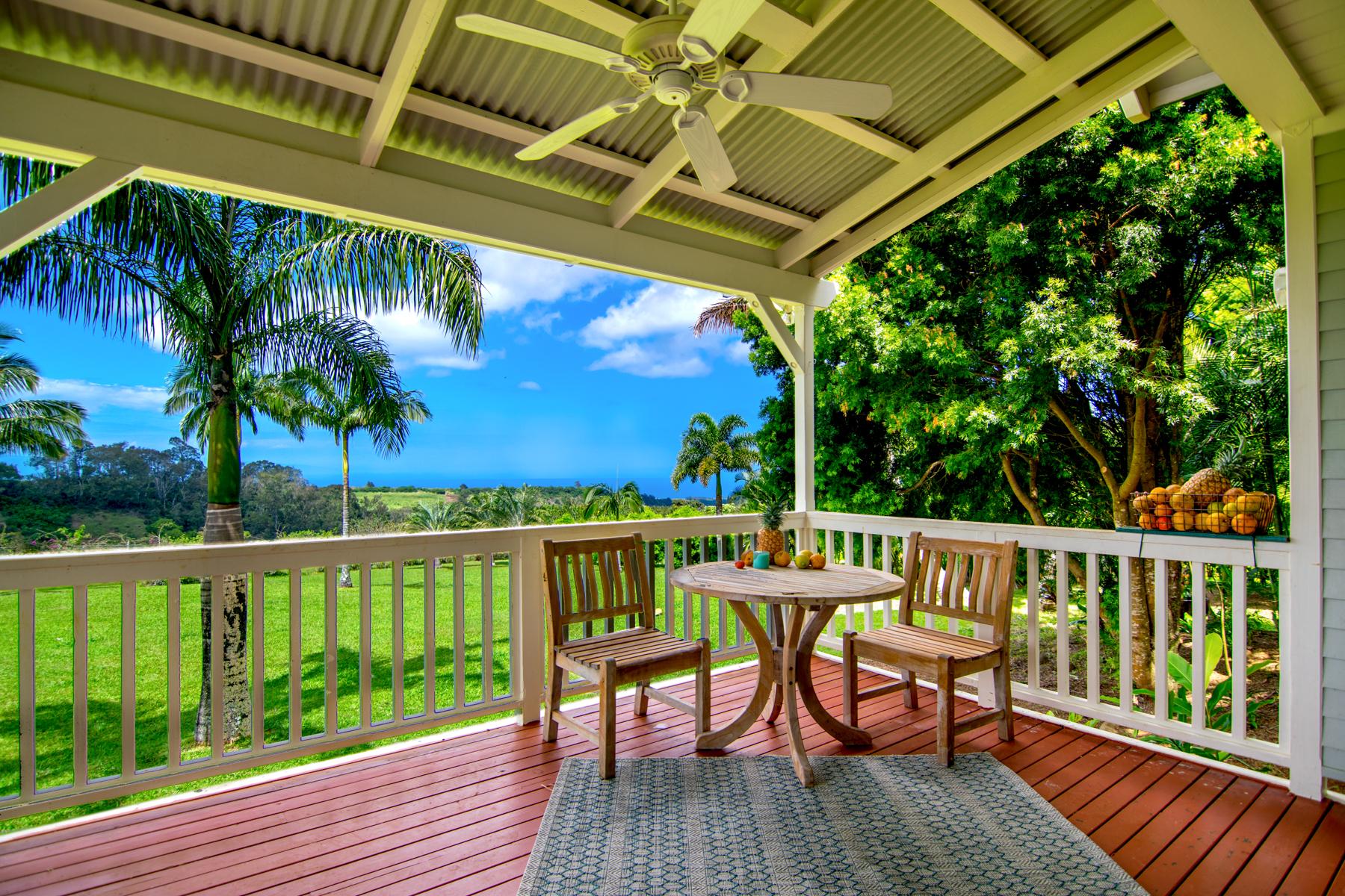 Casa Unifamiliar por un Venta en Architect's Ocean-View, Private Dream Home 100 Laenani Street Haiku, Hawaii, 96708 Estados Unidos