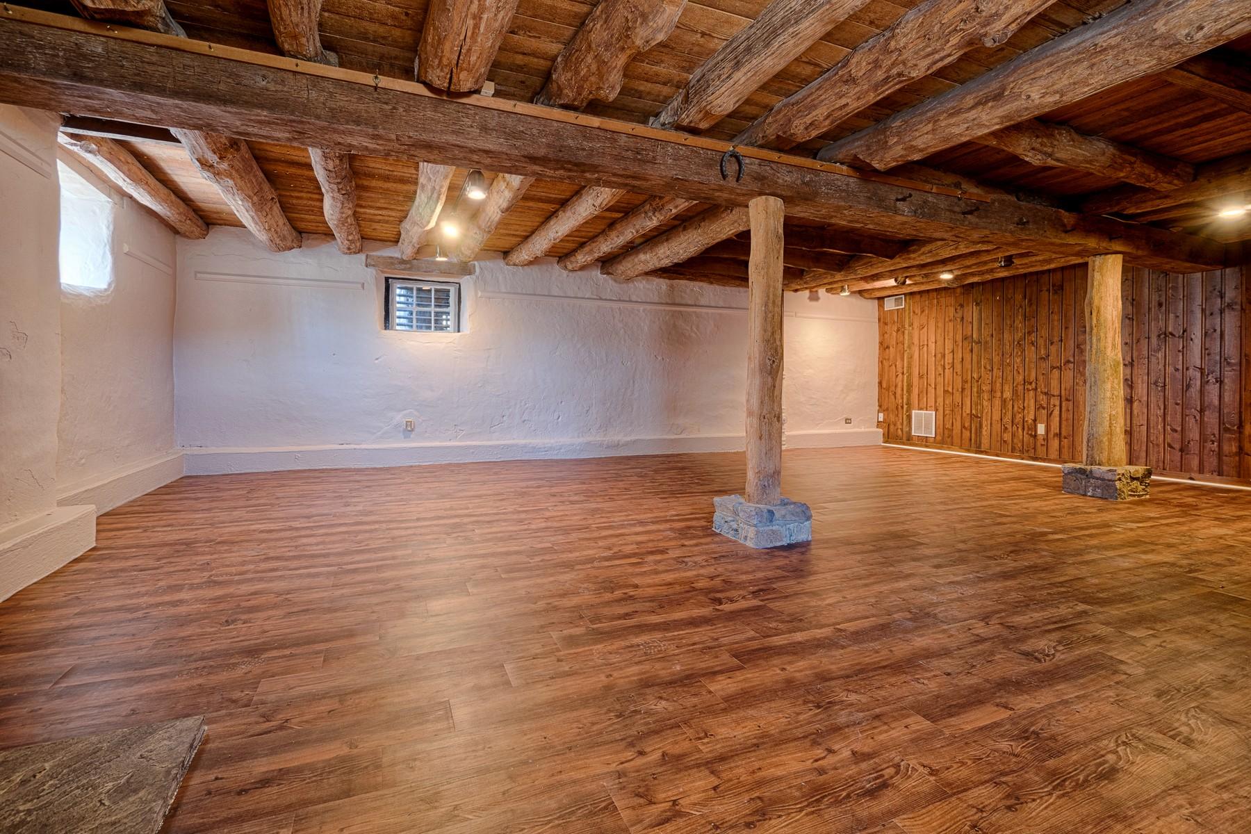Additional photo for property listing at Rockwood Manor 231 Saint Paul Street Hamilton, バージニア 20158 アメリカ合衆国