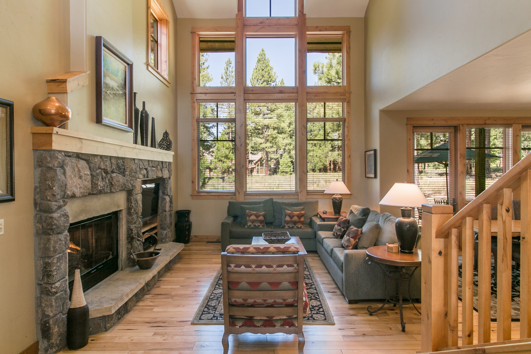 Additional photo for property listing at 12202 Lookout Loop F20-24 Truckee California, 96161 12202 Lookout Loop F20-24 Truckee, California 96161 United States