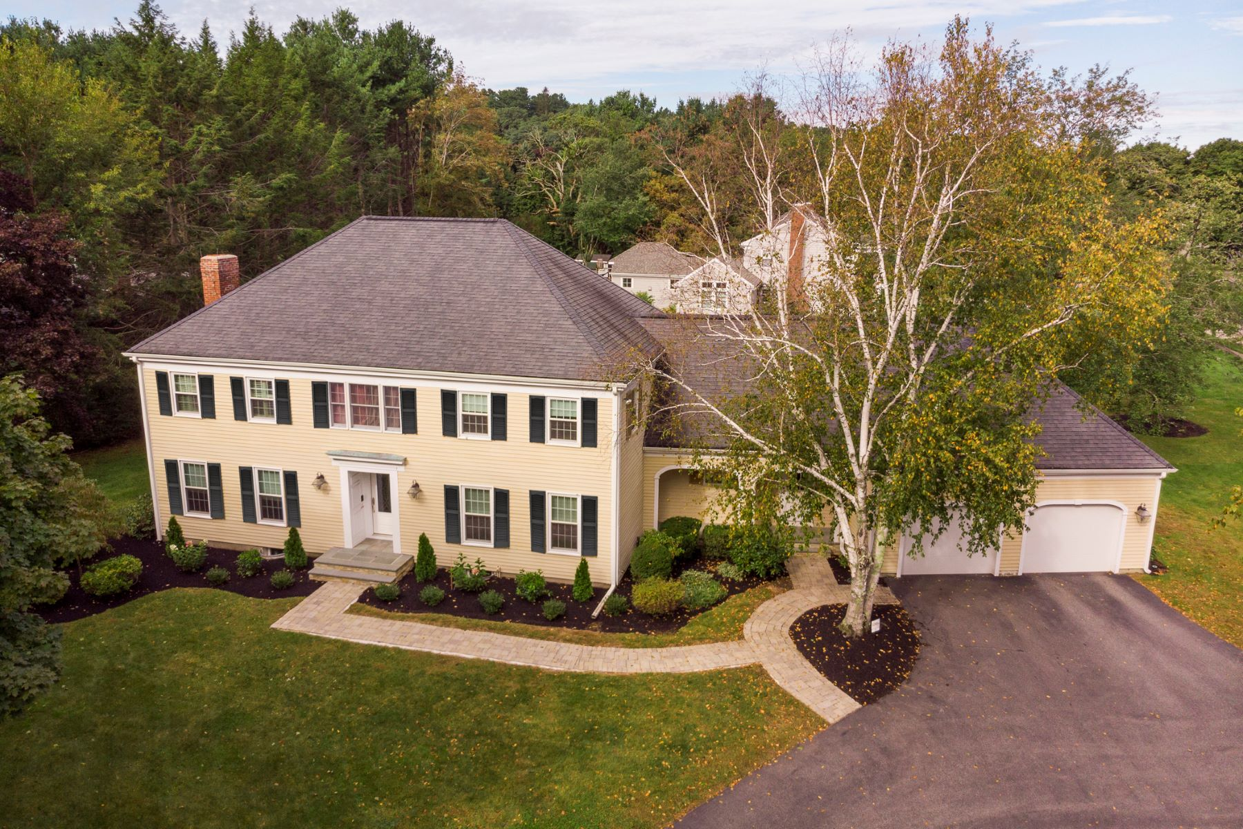 Single Family Home for Active at 25 Saddle Club Road, Lexington 25 Saddle Club Rd Lexington, Massachusetts 02420 United States