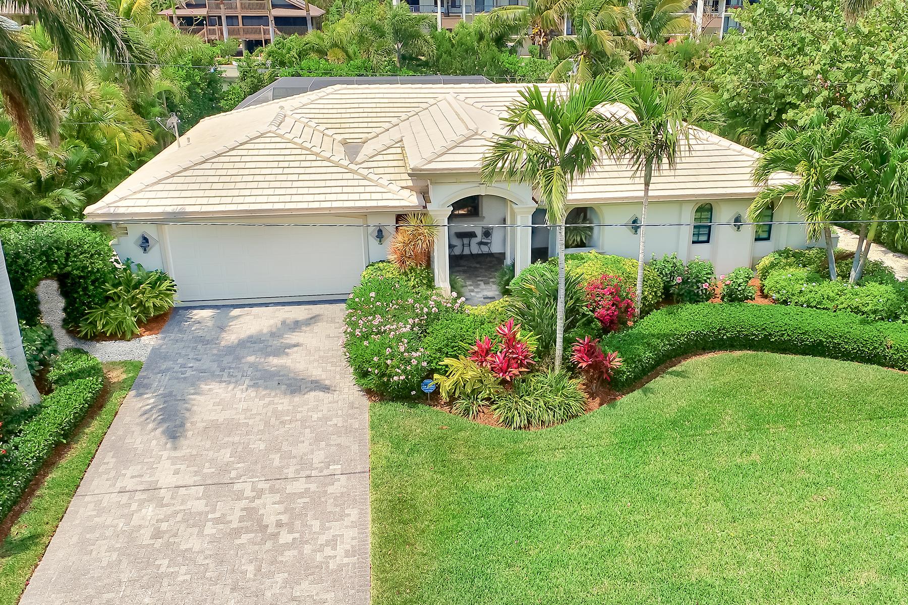 Single Family Homes için Satış at SHELL HARBOR 872 Limpet Dr, Sanibel, Florida 33957 Amerika Birleşik Devletleri