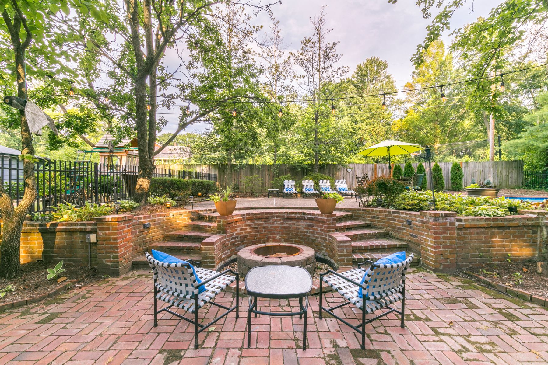 Additional photo for property listing at 1170 Hampton Park Drive, Richmond Heights, MO 63117 1170 Hampton Park Drive Richmond Heights, Missouri 63117 United States
