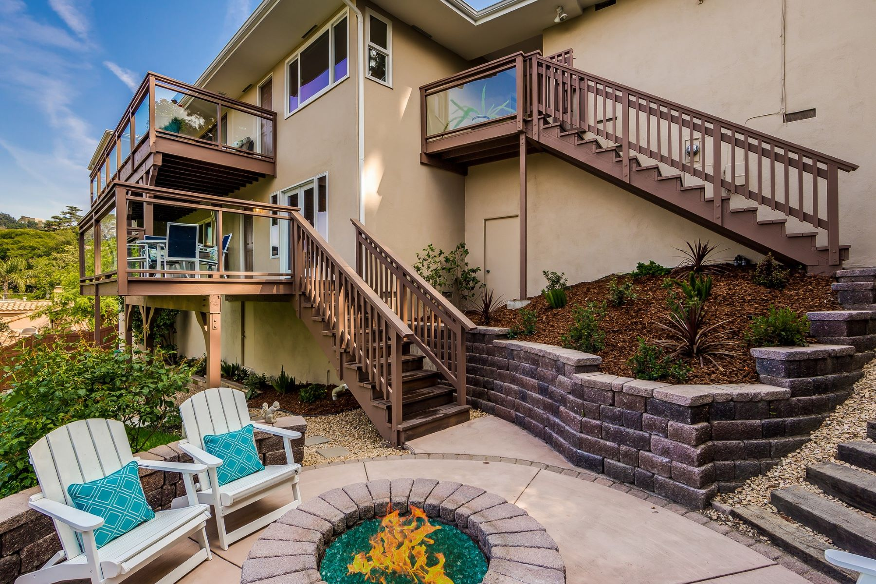 Additional photo for property listing at 13385 Inwood Dr  Sherman Oaks, California 91423 United States