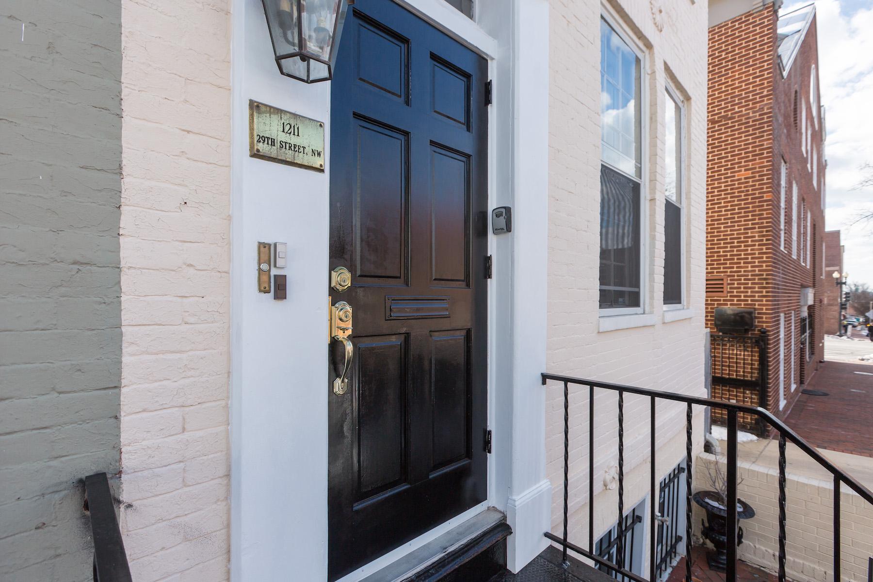 Nhà ở nhiều gia đình vì Bán tại Georgetown 1211 29th St Georgetown, Washington, District Of Columbia, 20007 Hoa Kỳ