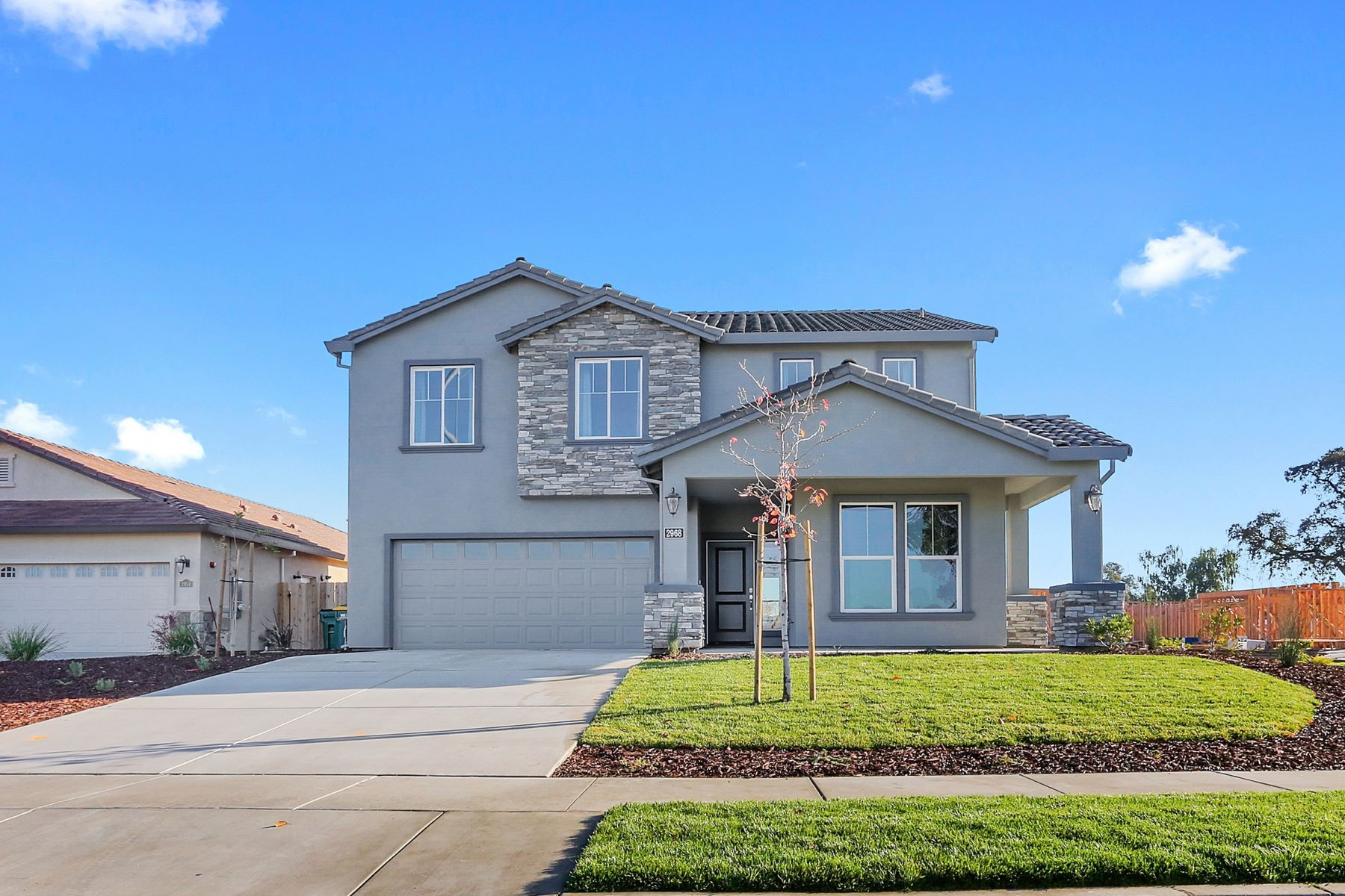 Additional photo for property listing at 1870 Old Oak Drive, Stockton 1870 Old Oak Drive Stockton, California 95206 United States