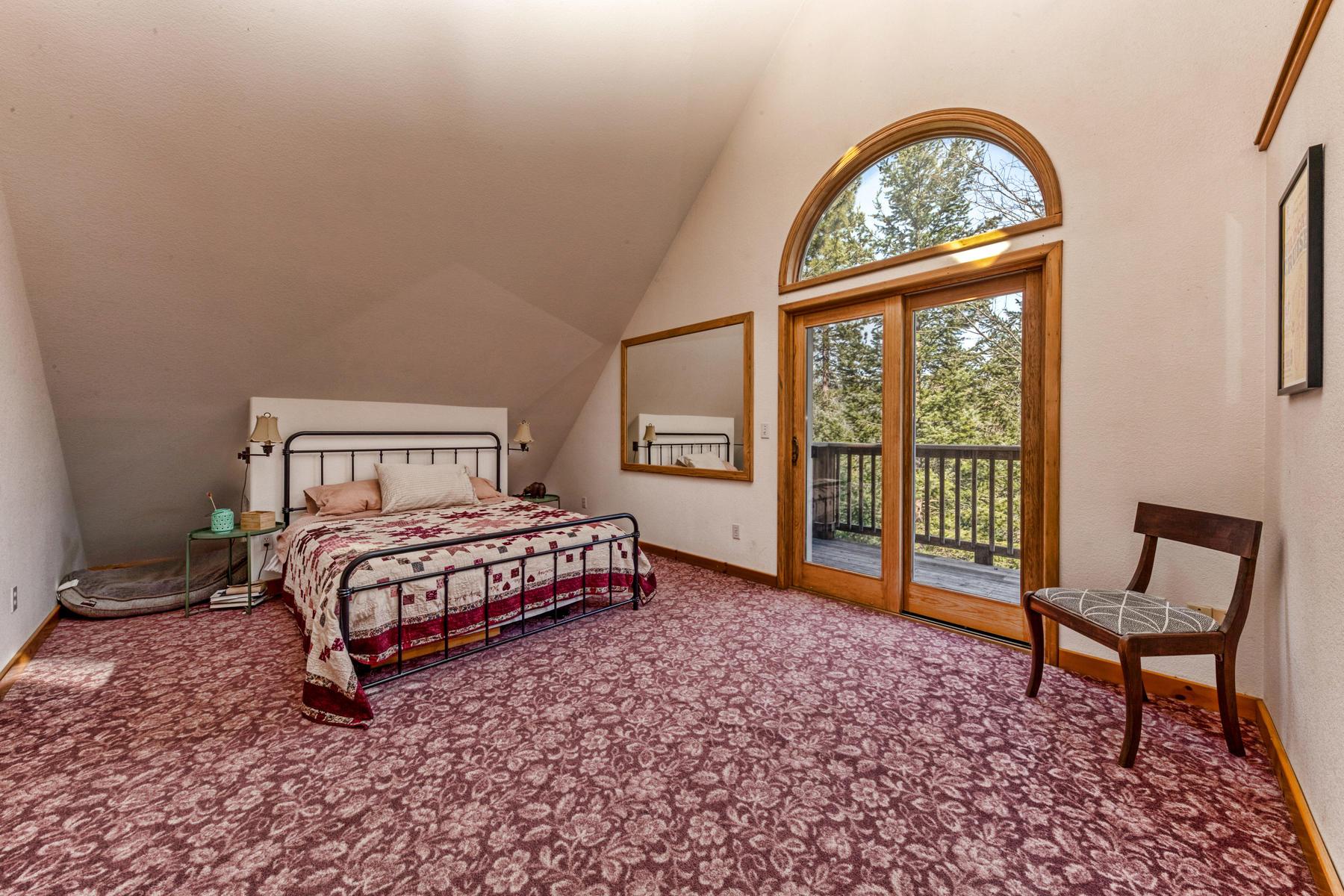 Additional photo for property listing at 2425 Ridgerun Road, Quincy, CA 95971 2425 Ridgerun Road Quincy, California 95971 Estados Unidos
