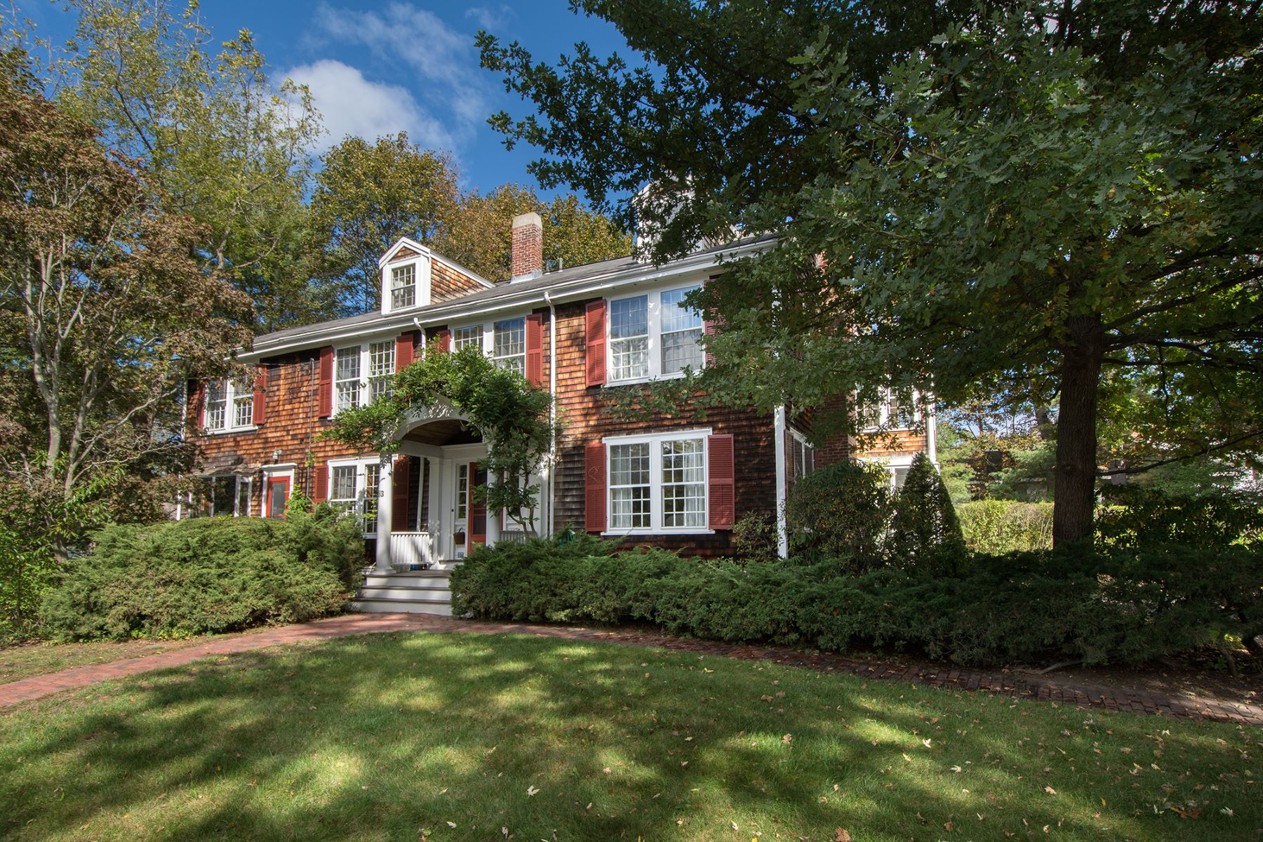Moradia para Venda às Classic Colonial Revival 53 Fearing Road, Hingham, Massachusetts, 02043 Estados Unidos