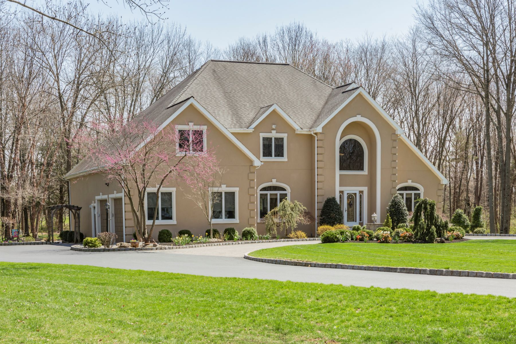 Single Family Home for Sale at A Custom Home With All The Amenities - Montgomery Township 21 Woodward Drive Belle Mead, New Jersey 08502 United States