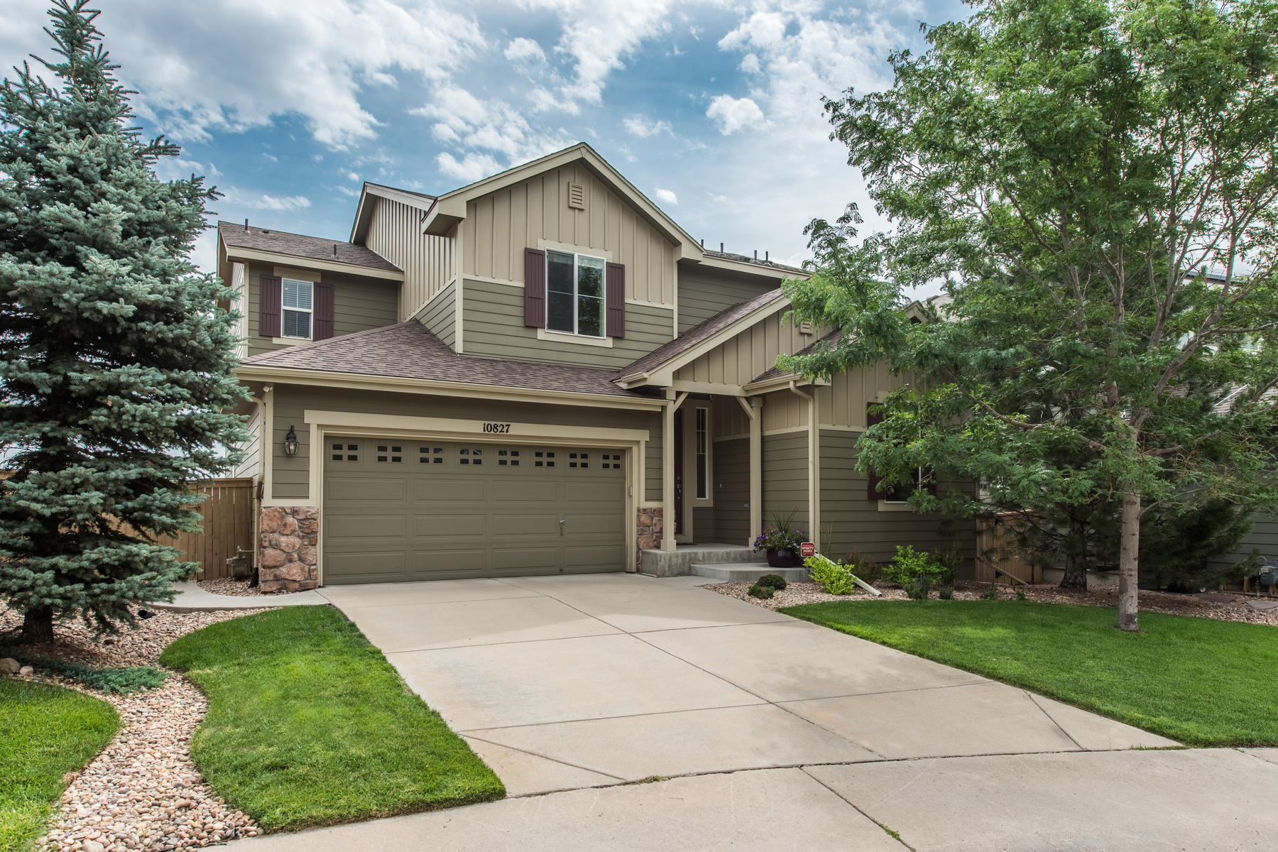 Single Family Home for Active at Cream of the crop 10827 Trotwood Way Highlands Ranch, Colorado 80126 United States