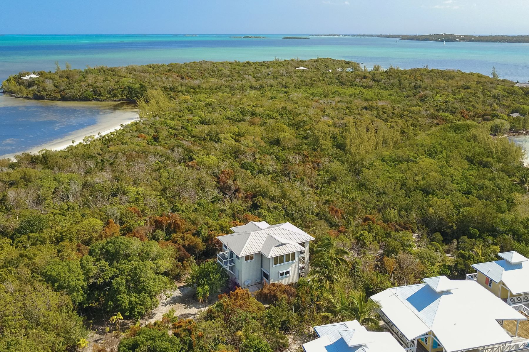 Additional photo for property listing at Sandlapper Lubbers Quarters, Abaco Bahamas