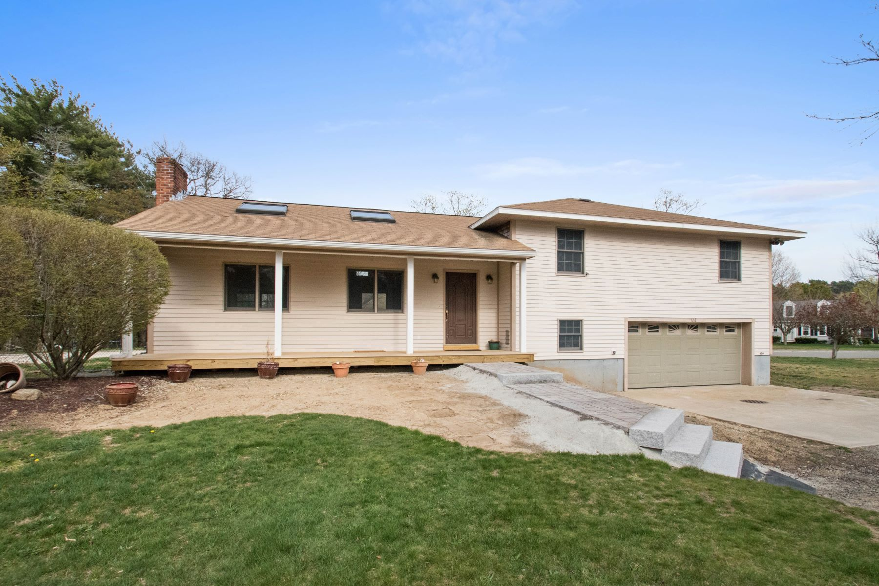 Single Family Home for Sale at Welcome to Summer Street 128 Summer Street Marshfield, Massachusetts, 02050 United States