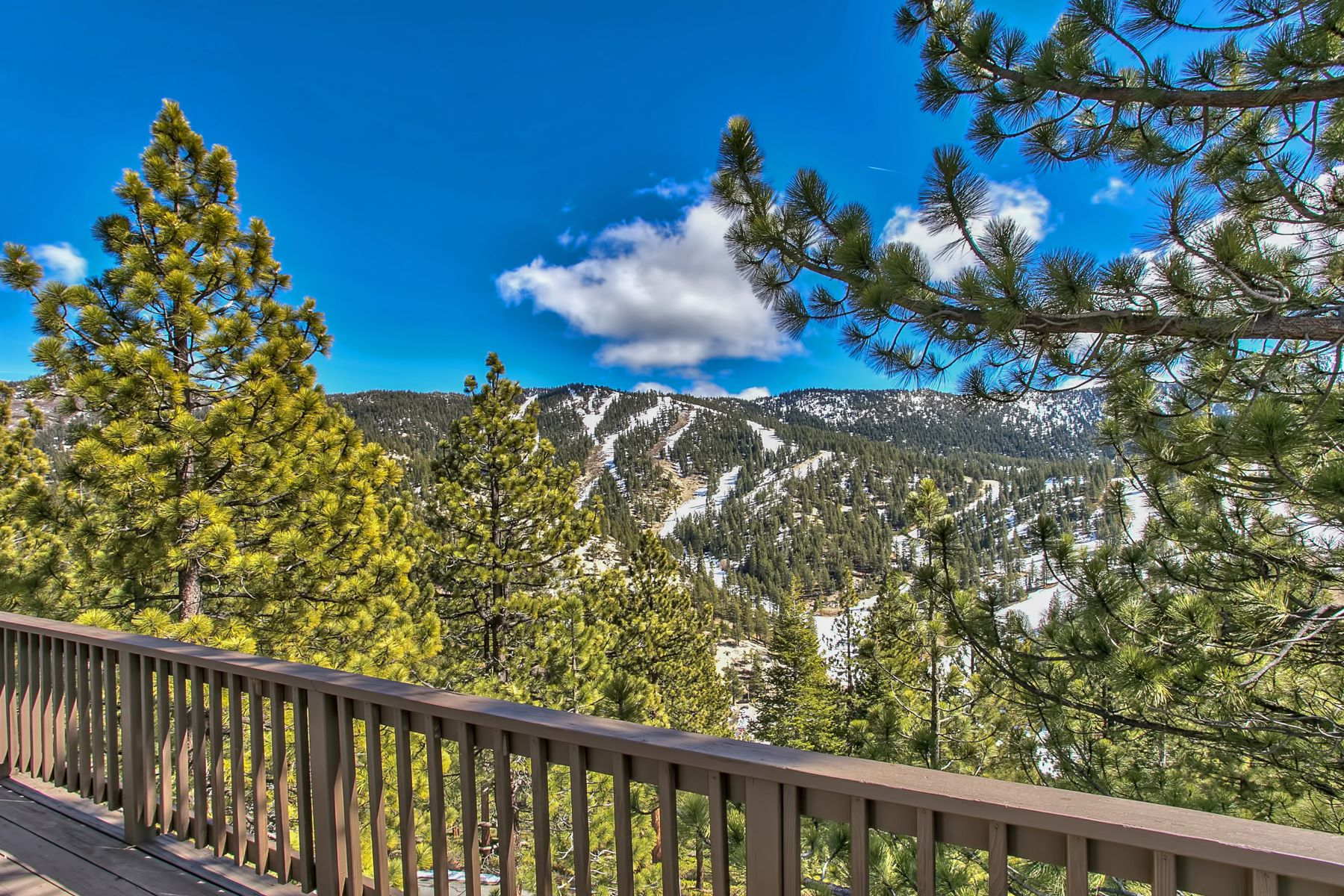 Additional photo for property listing at Magical Mountain Ambiance 1442 Berne Court Incline Village, Nevada 89451 United States