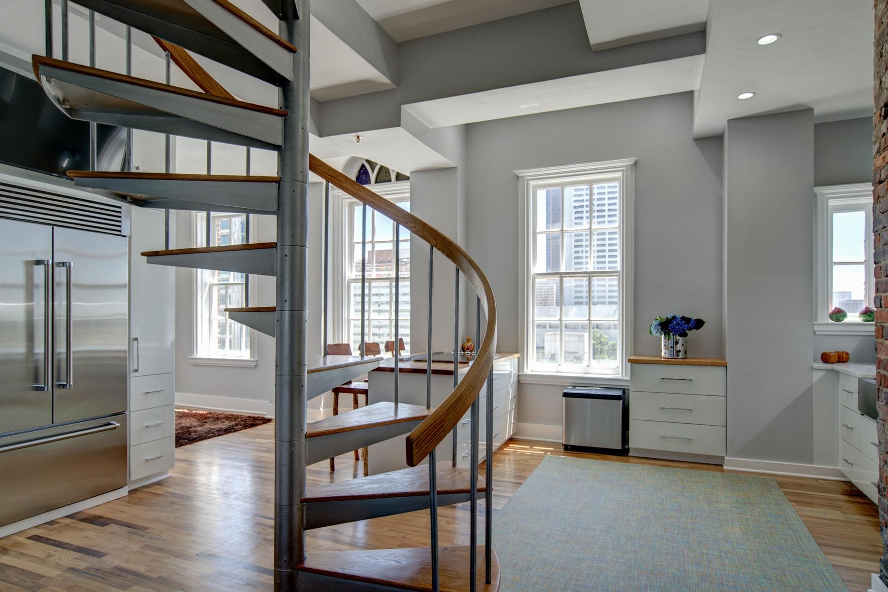 Piso por un Venta en Exceptional Double Penthouse With Luxurious Living On Three Levels 30 5th Street NE Atlanta, Georgia, 30308 Estados Unidos