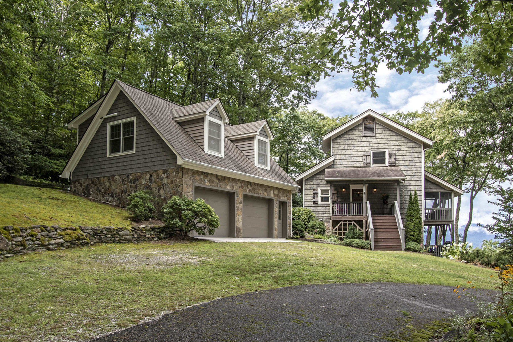 Single Family Homes for Sale at 61 Tater Hill Road Scaly Mountain, North Carolina 28775 United States