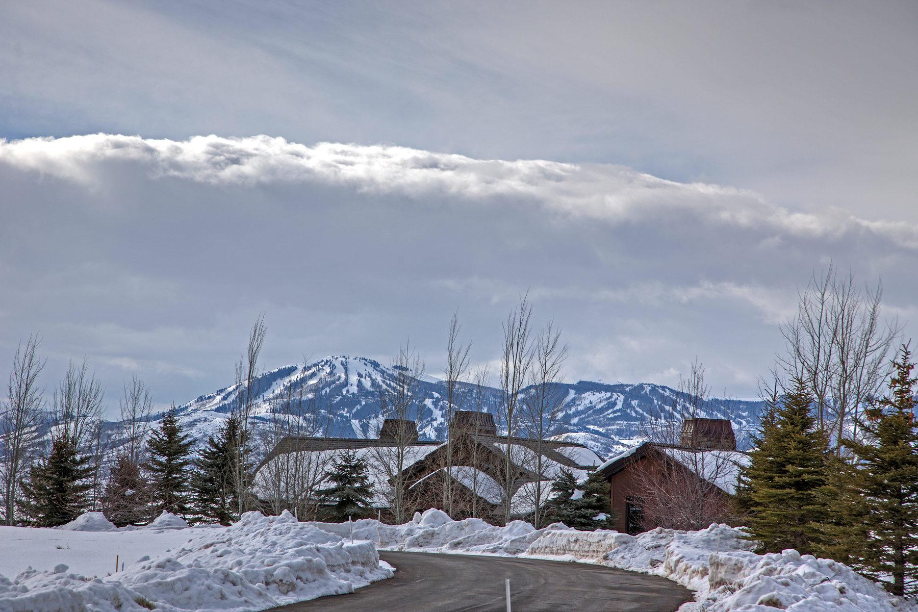 Terrain pour l Vente à Big Views, Easy Access, West Hills Prestige 7801 N West Hills Trl Lot 63 Park City, Utah, 84098 États-Unis